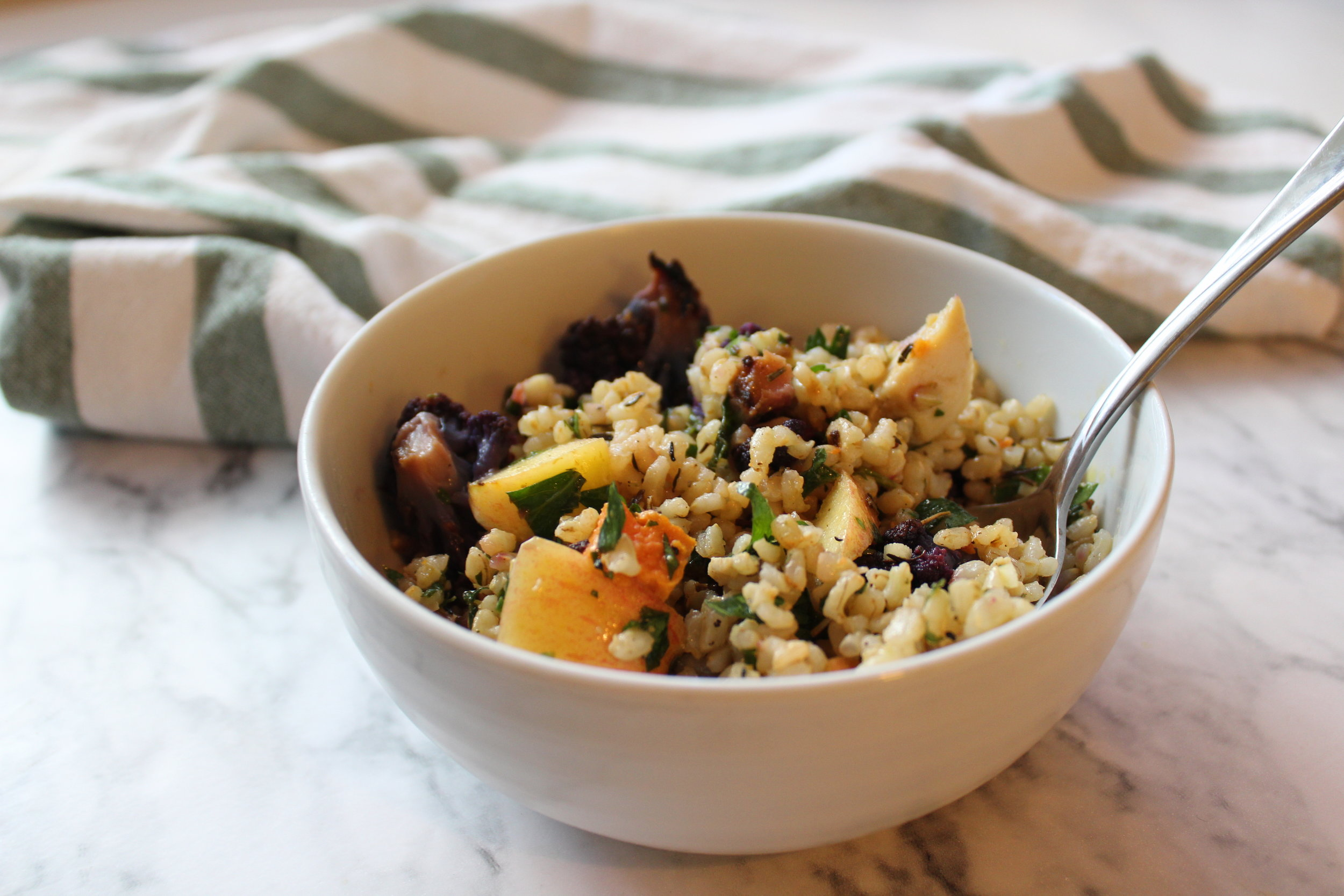 Lemon Vegetable Bowl || goodfortheswole.com
