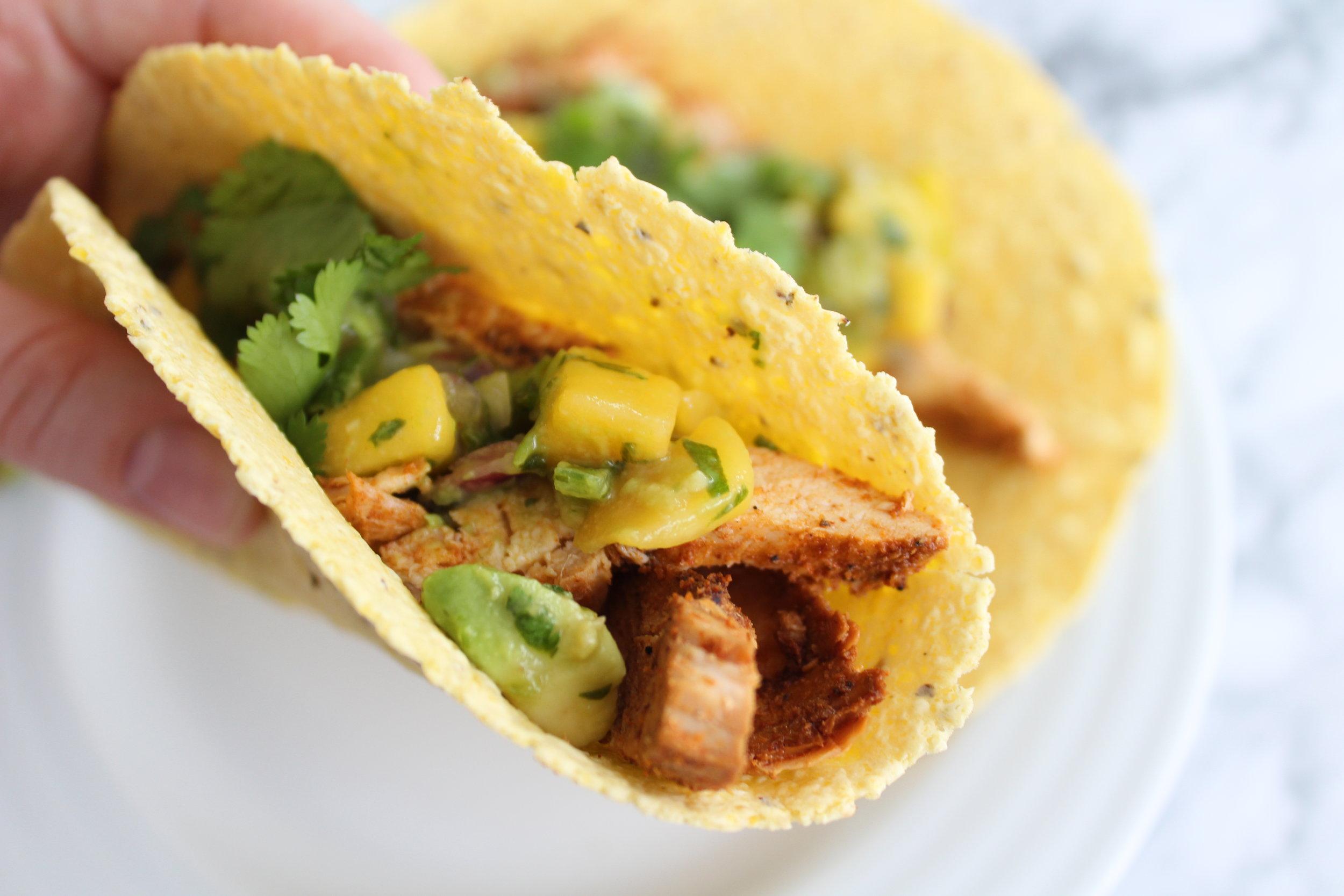 Chili Lime Chicken Tacos with Mango Avocado Salsa || goodfortheswole.com