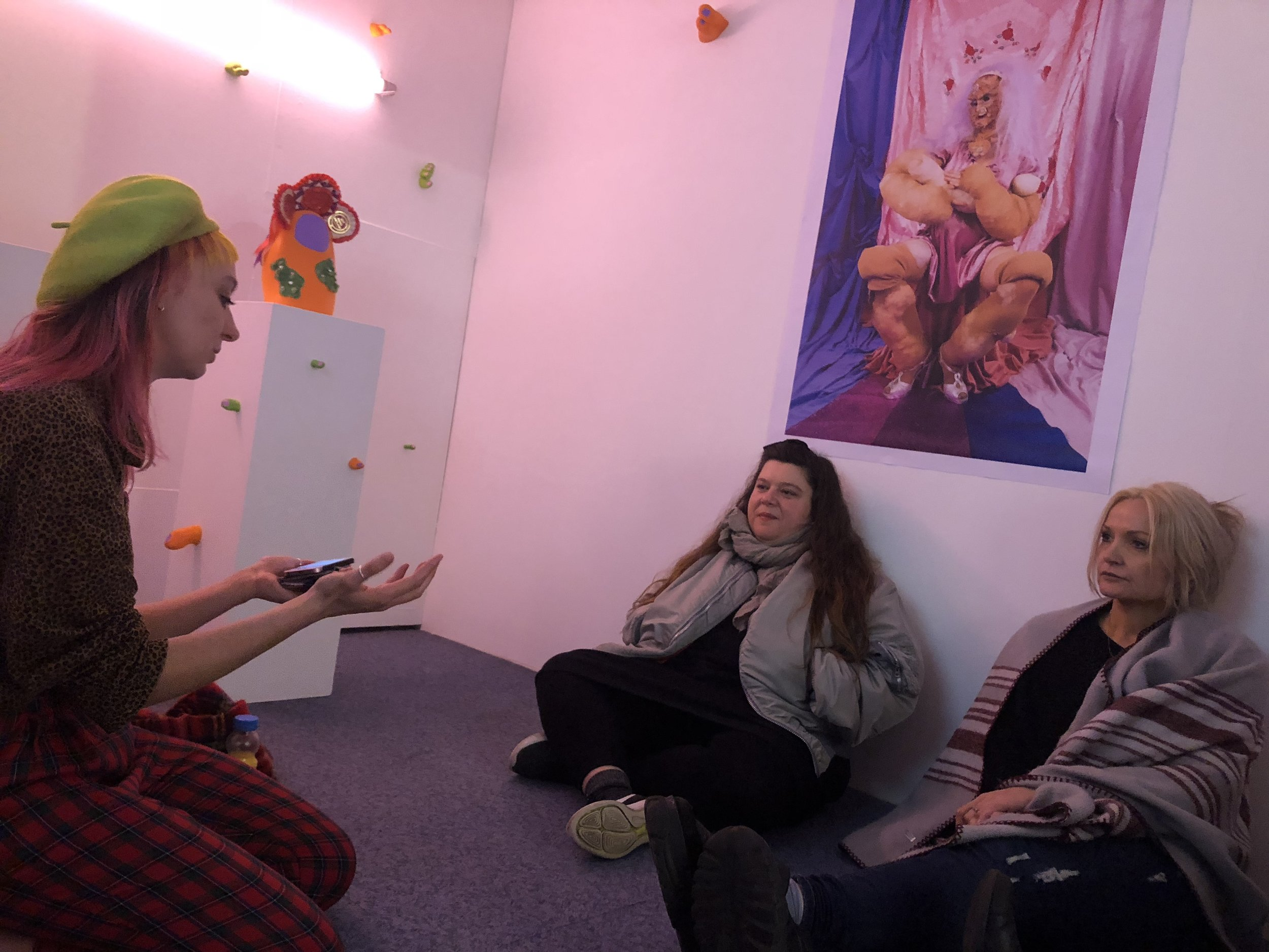 TOMA  artists  Lolly Adams  and  Blandine Martin  in a group crit with  Tai Shani  in 2018.