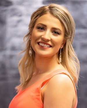 Tori BrooksMiss Klamath County 2019School: 2018 Graduate Oregon Institute of Technology BS in Biology & Health SciencesSocial Initiative: GEM: Growing; Empowering; and MotivatingTalent: Hula -