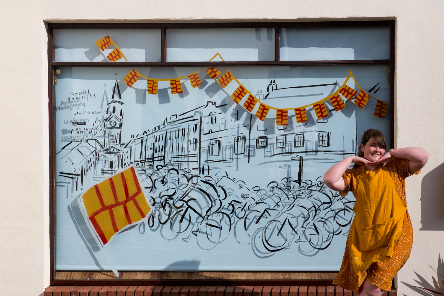 Katie_Draws_Pictorial_Photography_Chappell_Tour_of_Britian_window-painting-live-illustration-photography-graphic-mural-presentation-H45A6317.jpg