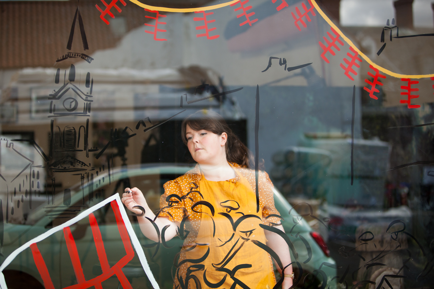 Katie_Draws_Pictorial_Photography_Chappell_Tour_of_Britian_window-painting-live-illustration-photography-graphic-mural-presentation-IMG_6274.jpg
