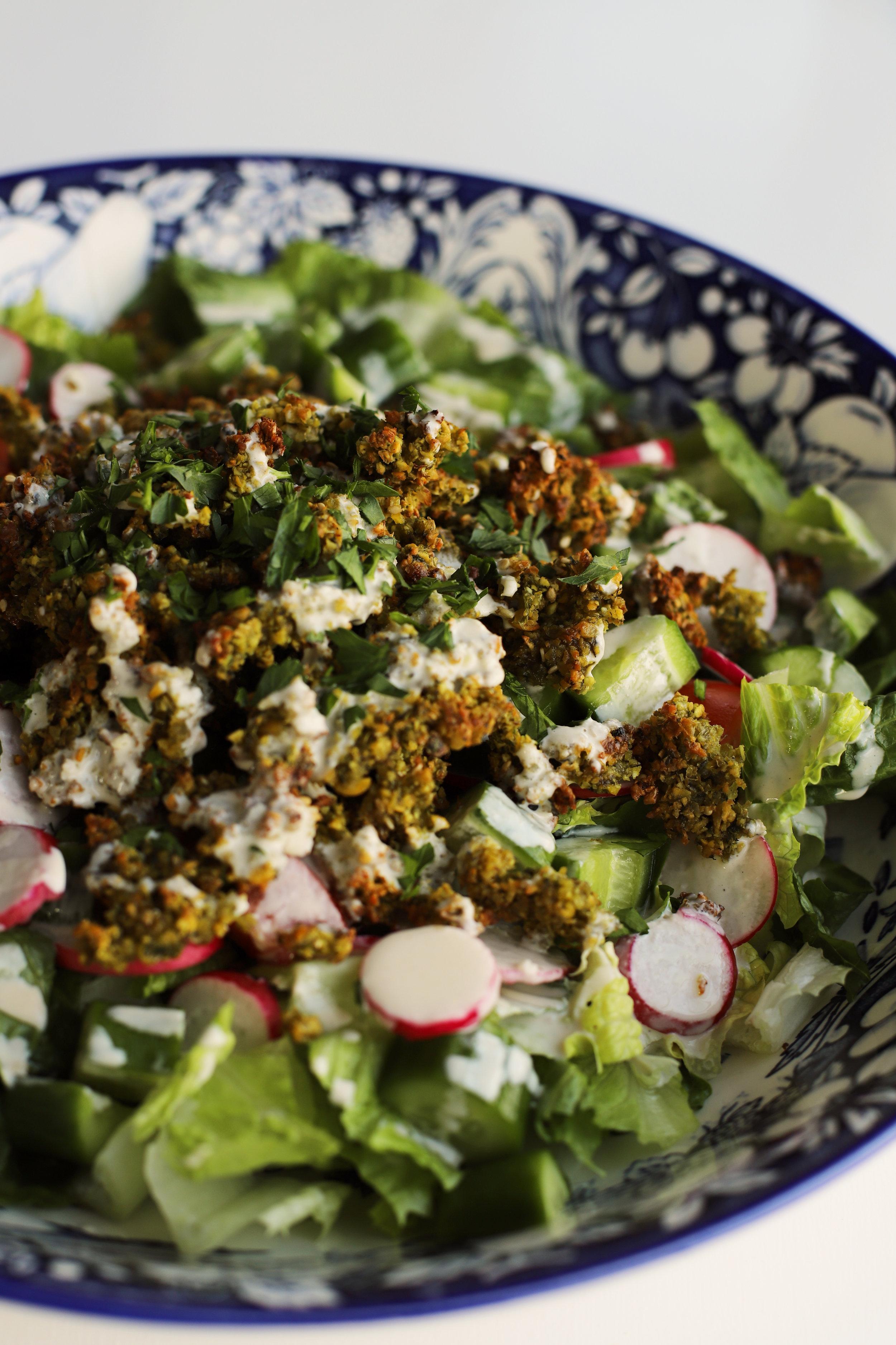 falafel crumble salad