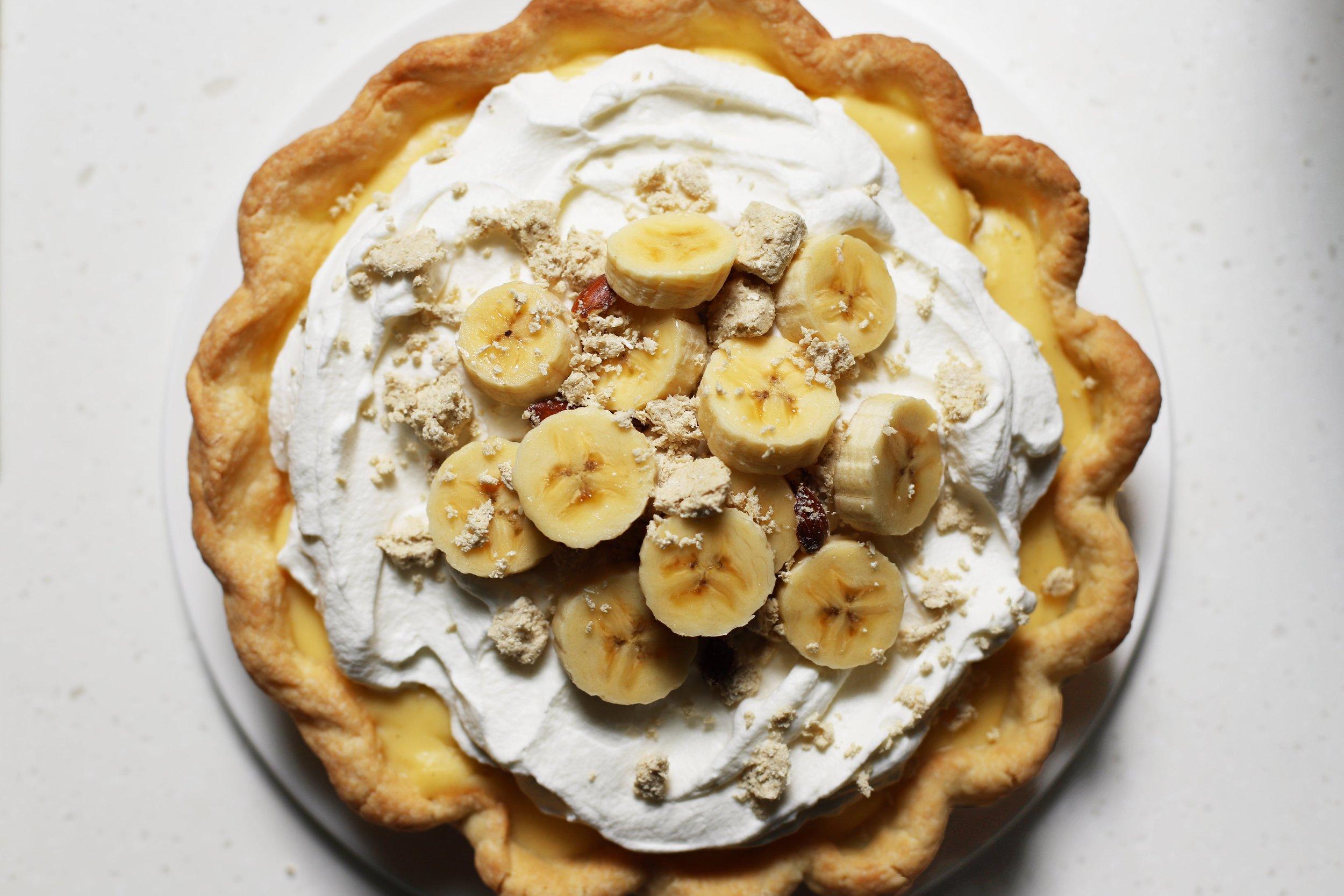banana cream pie w/ halva and cardamom