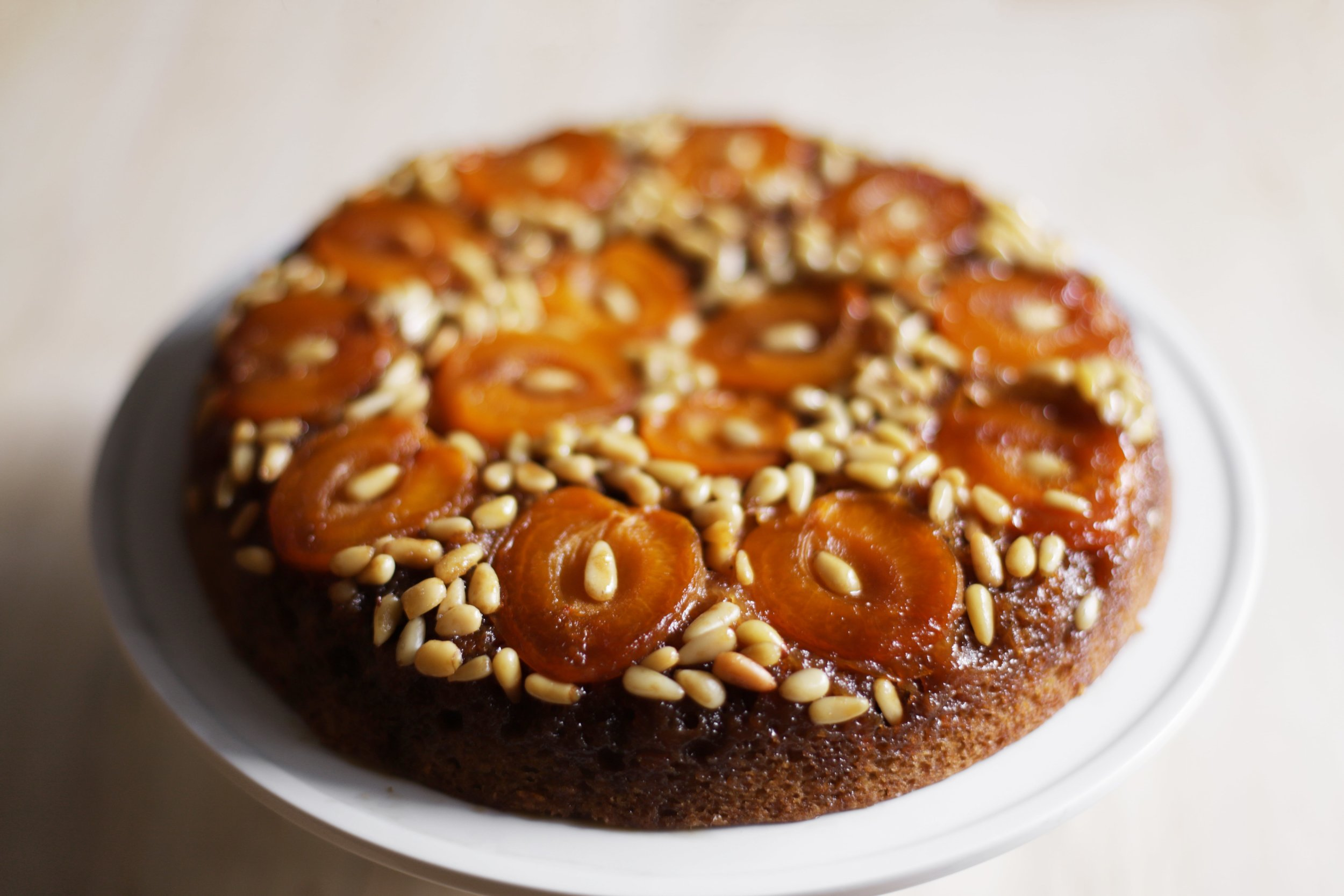 apricot and pine nut cake