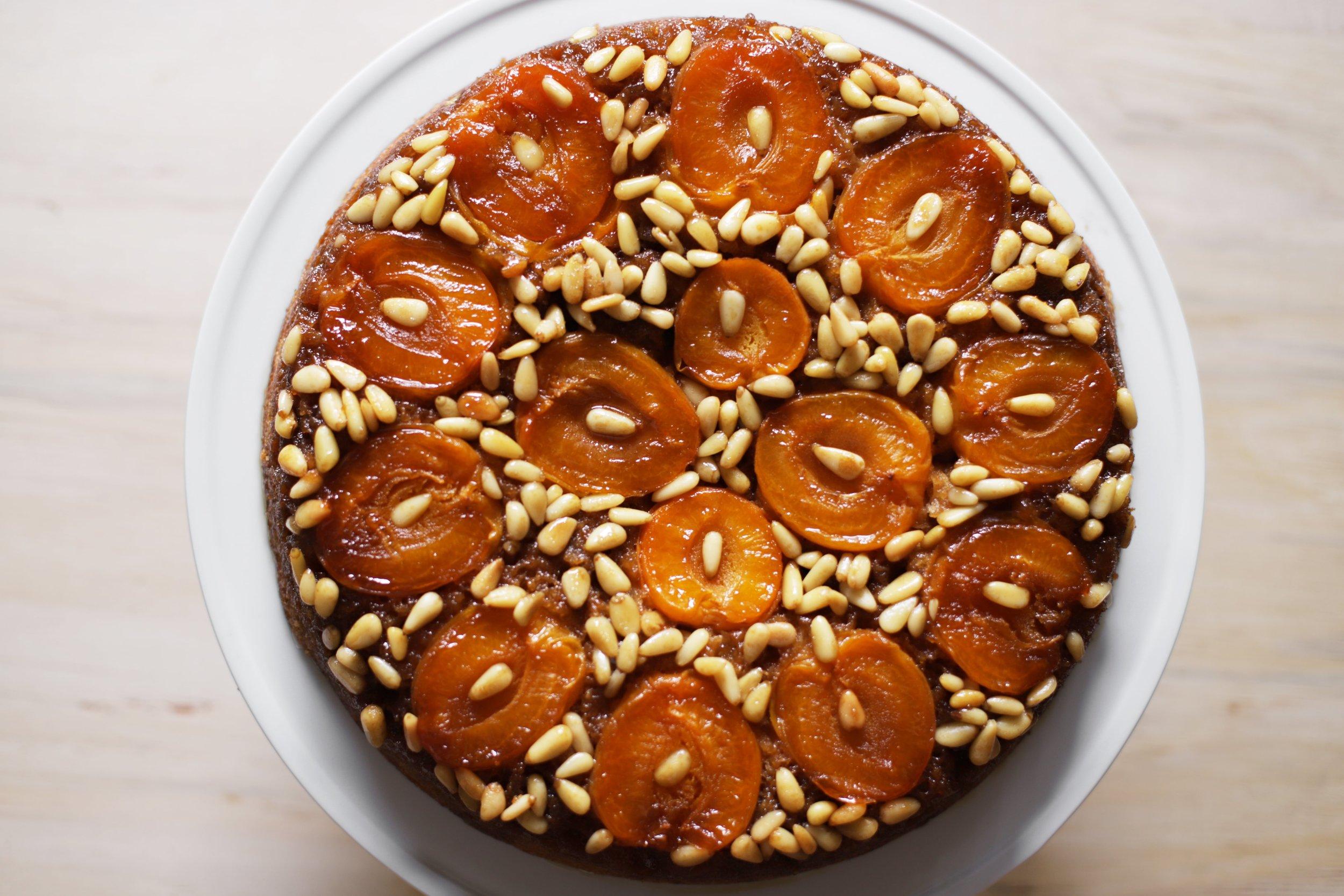 apricot pine nut cake