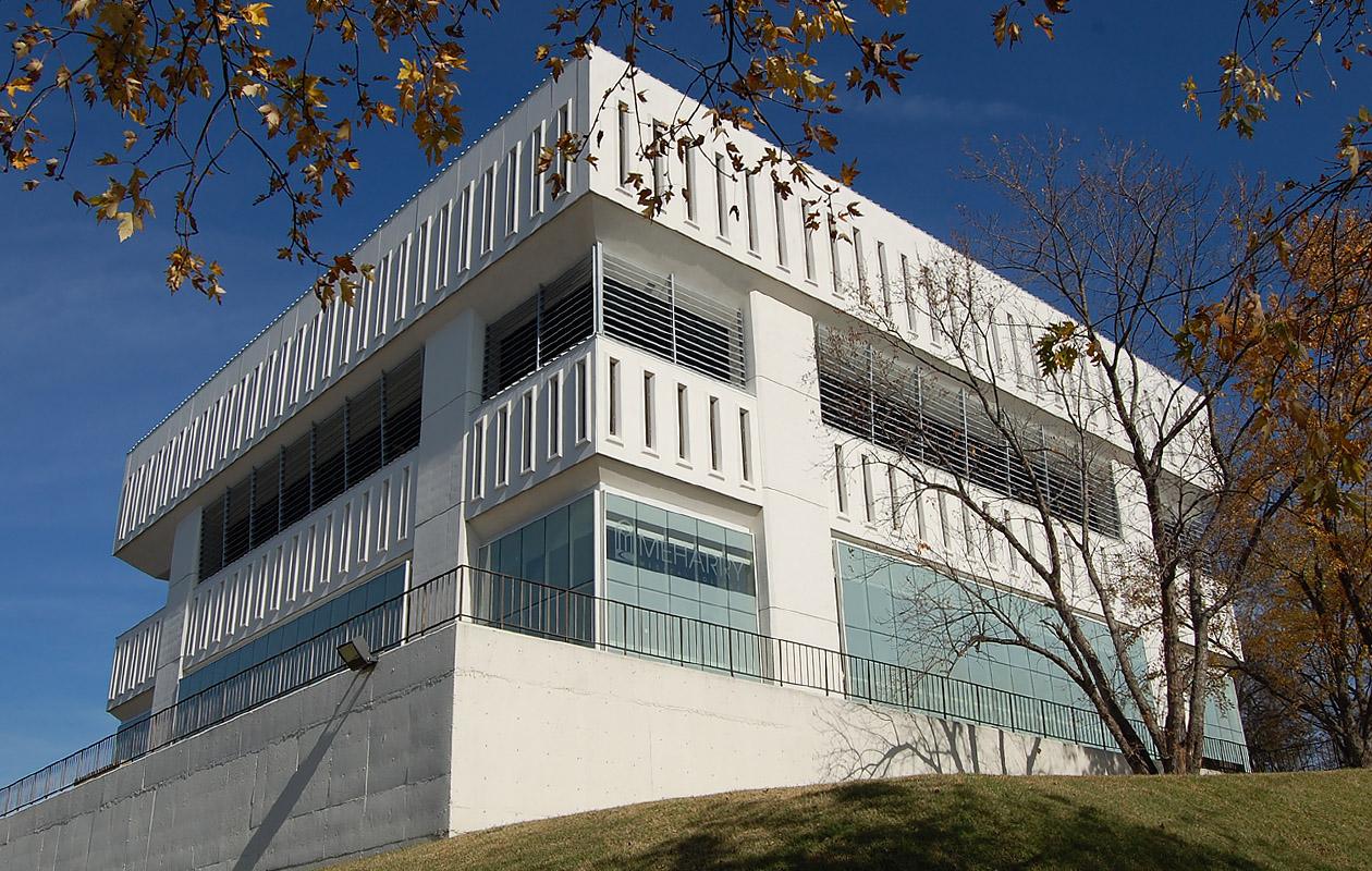 """<a href=""""/kresge-building-renovations-nashville-tennessee"""">Kresge Building Renovations<br />Meharry Medical College<br />Nashville, Tennessee</a>"""