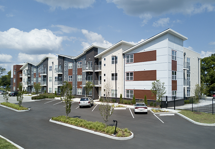 "<a href=""/solo-east-condominiums-nashville-tennessee"">Solo East<br />Nashville, Tennessee</a>"