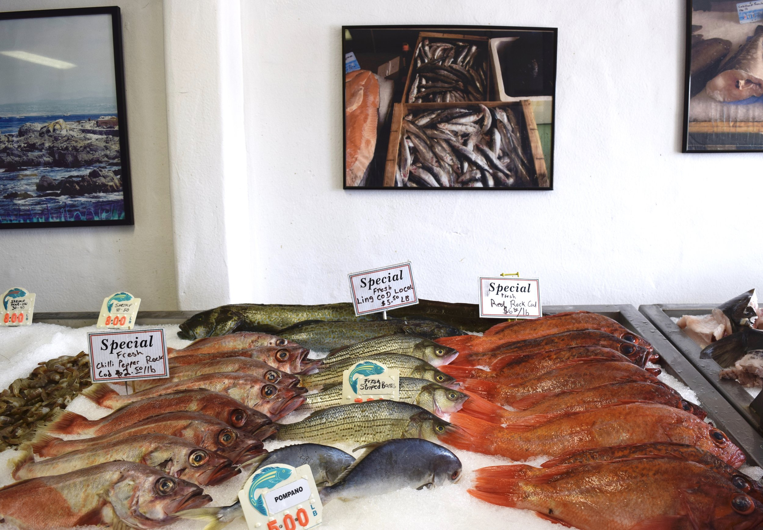 Fish market at Wharf II. Photo credit: City of Monterey (Eric Palmer)