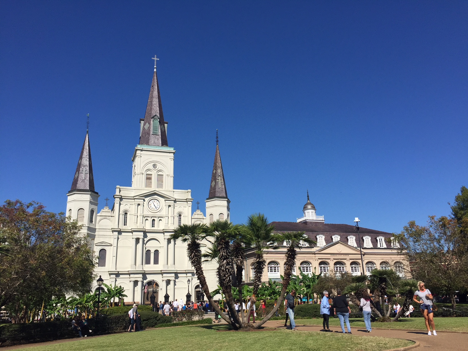 St. Louis Cathedral with the Presbytère on the right, taken from Jackson Square.