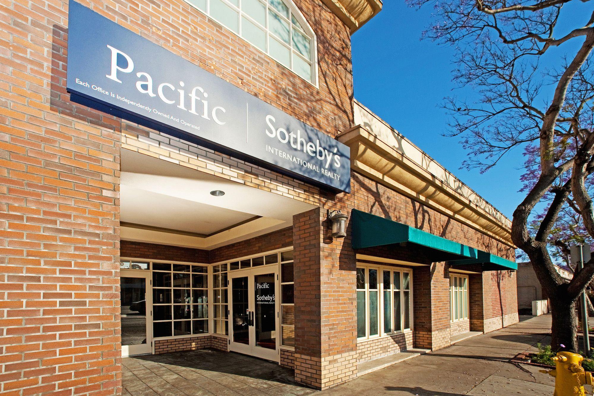 Point Loma - Rosecrans   1075 Rosecrans Street  San Diego, California 92106  619.516.8895  Languages: English