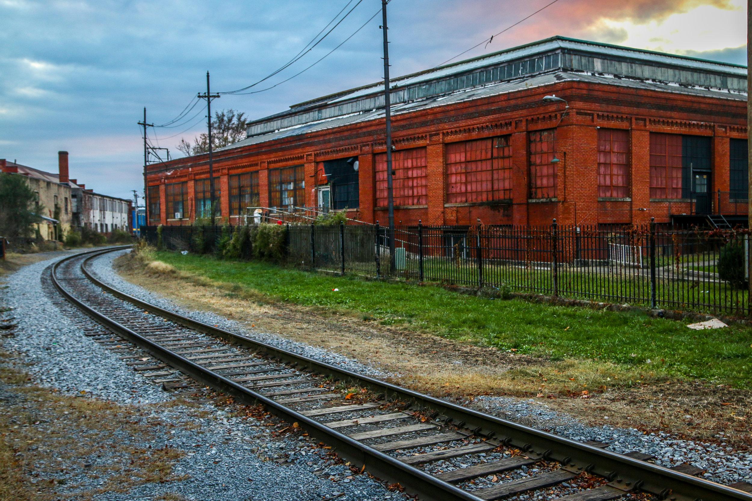 martinsburg-train-tracks.JPG