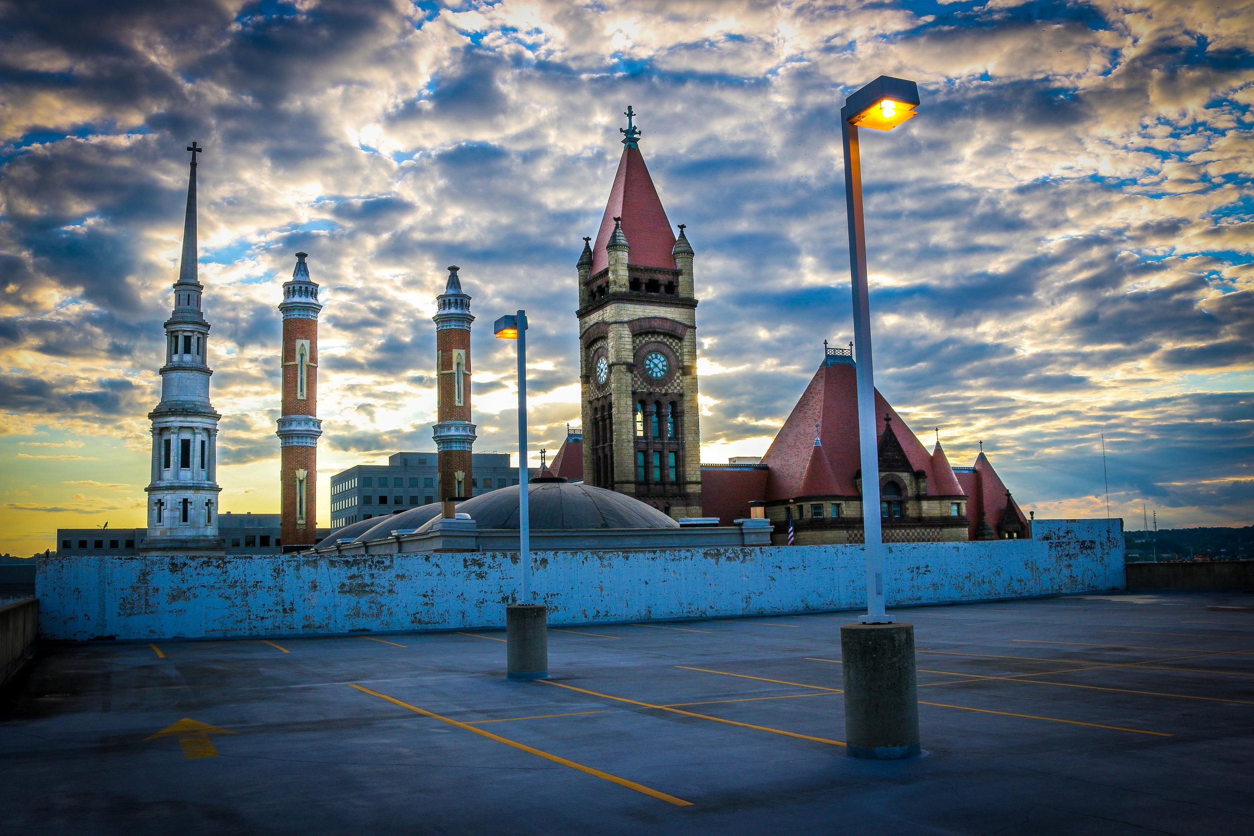 Cincinnati city skyline ohio OH city hall