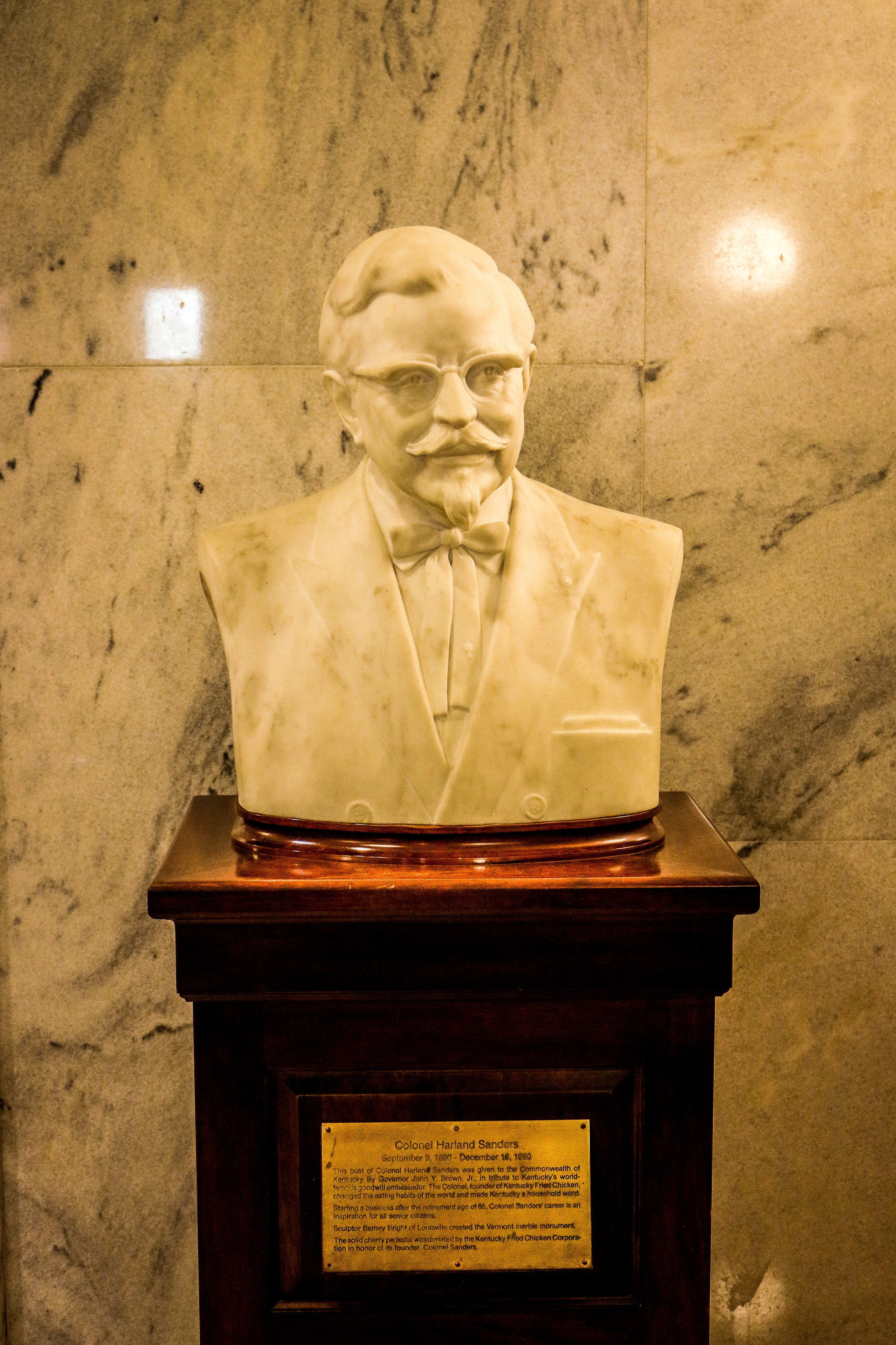 Col. Sanders in the State Capitol