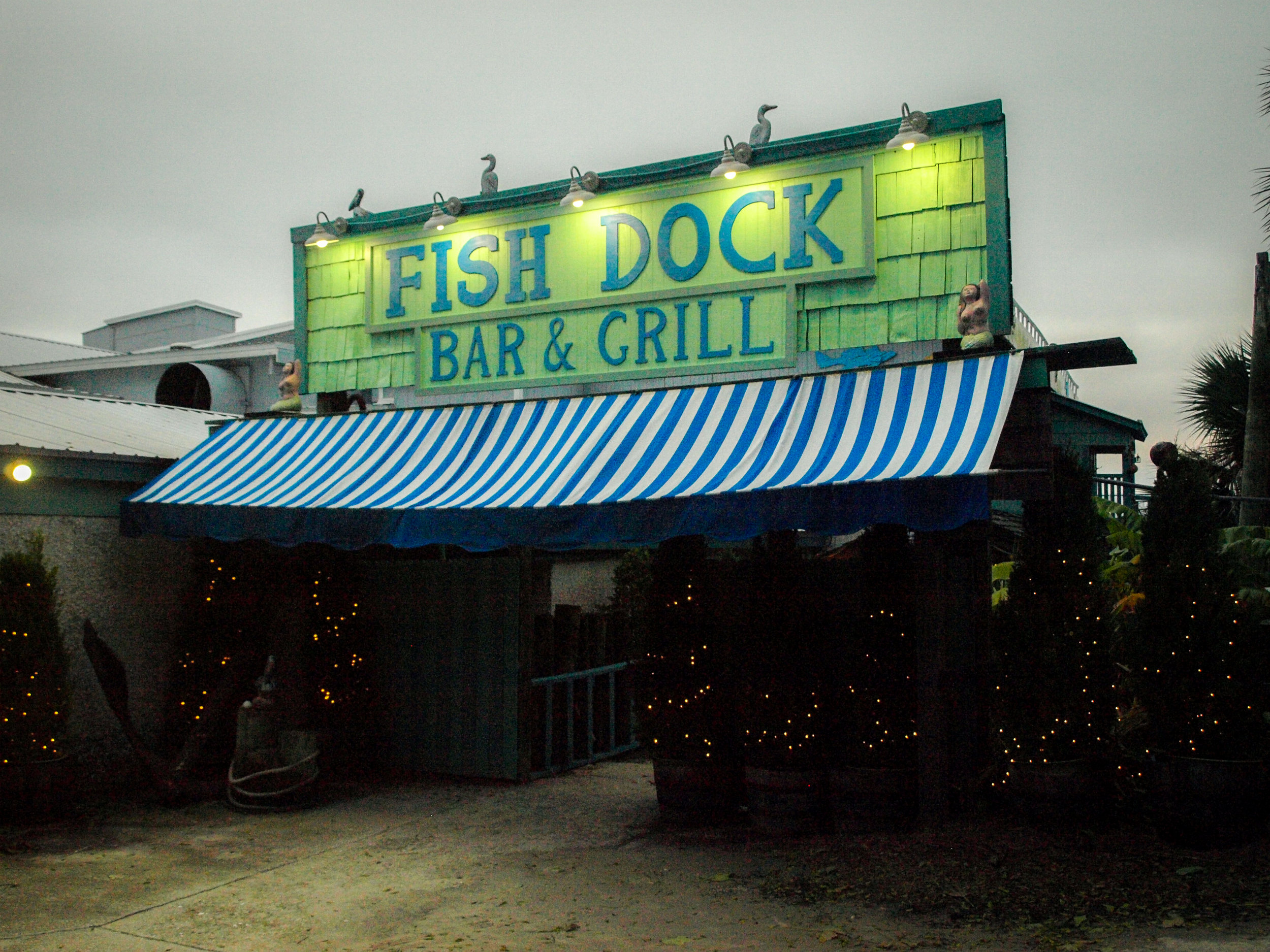 Fish Dock Bar and Grill