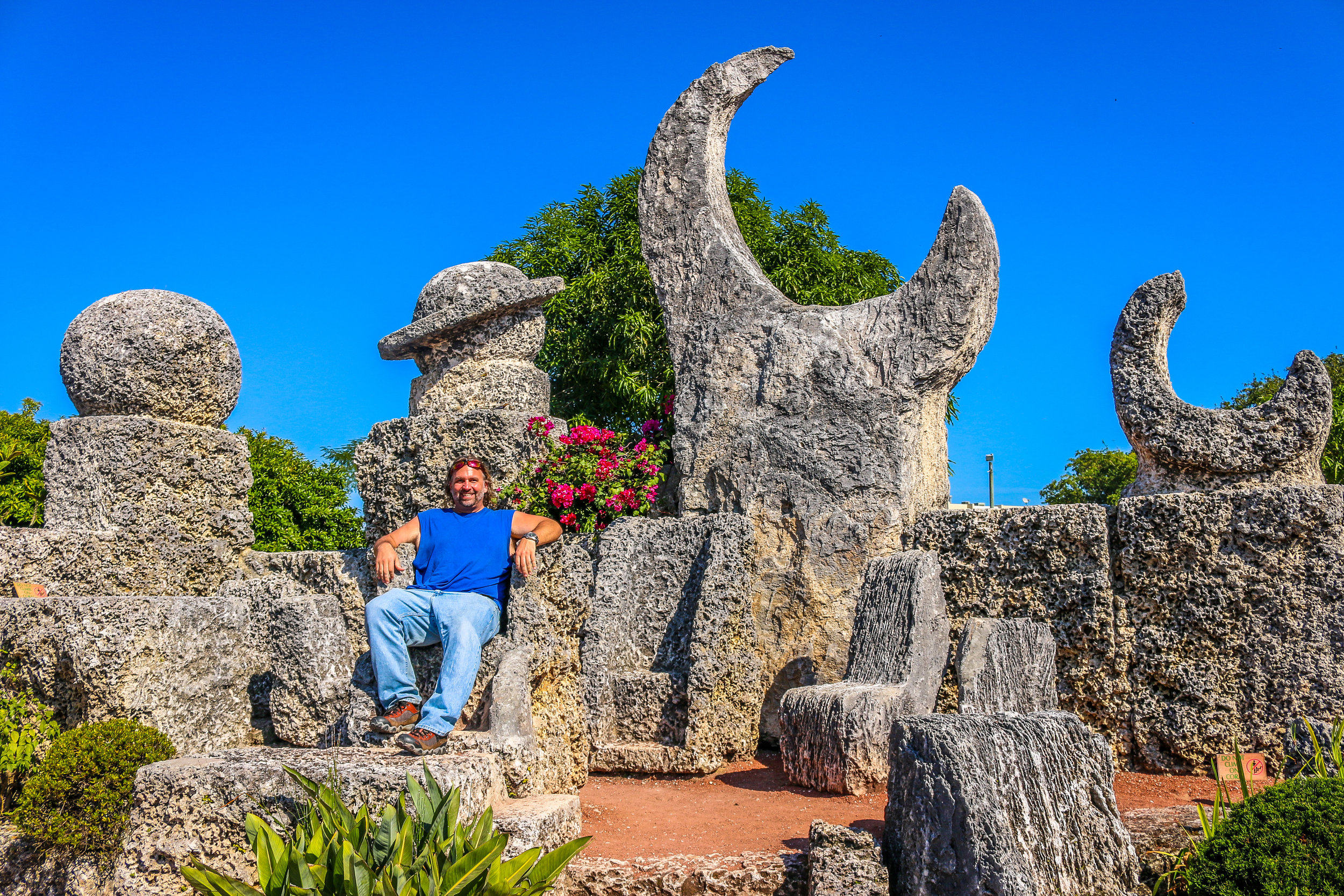 On the Thrown in Coral Castle