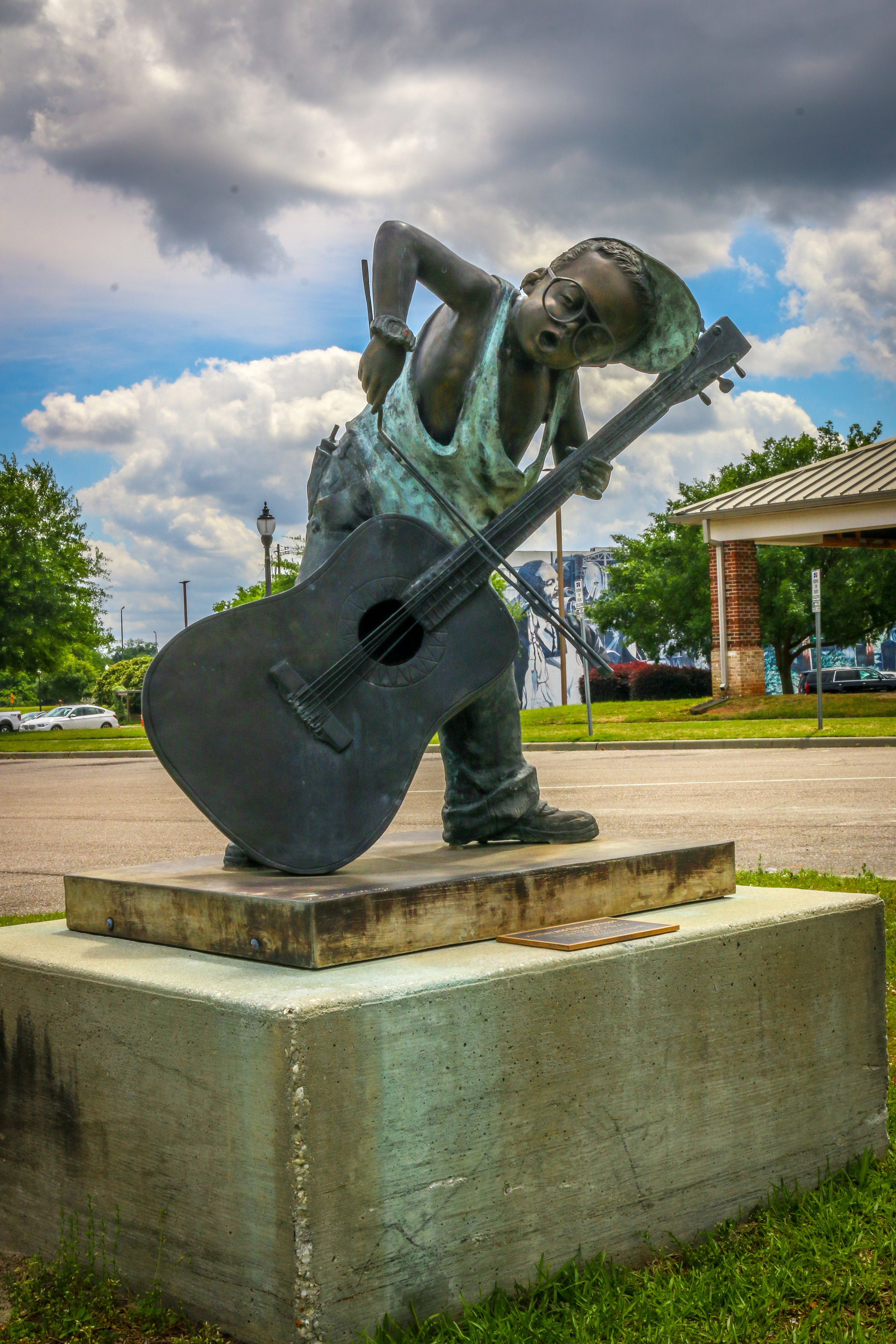 I LOVE This Statue in Dothan