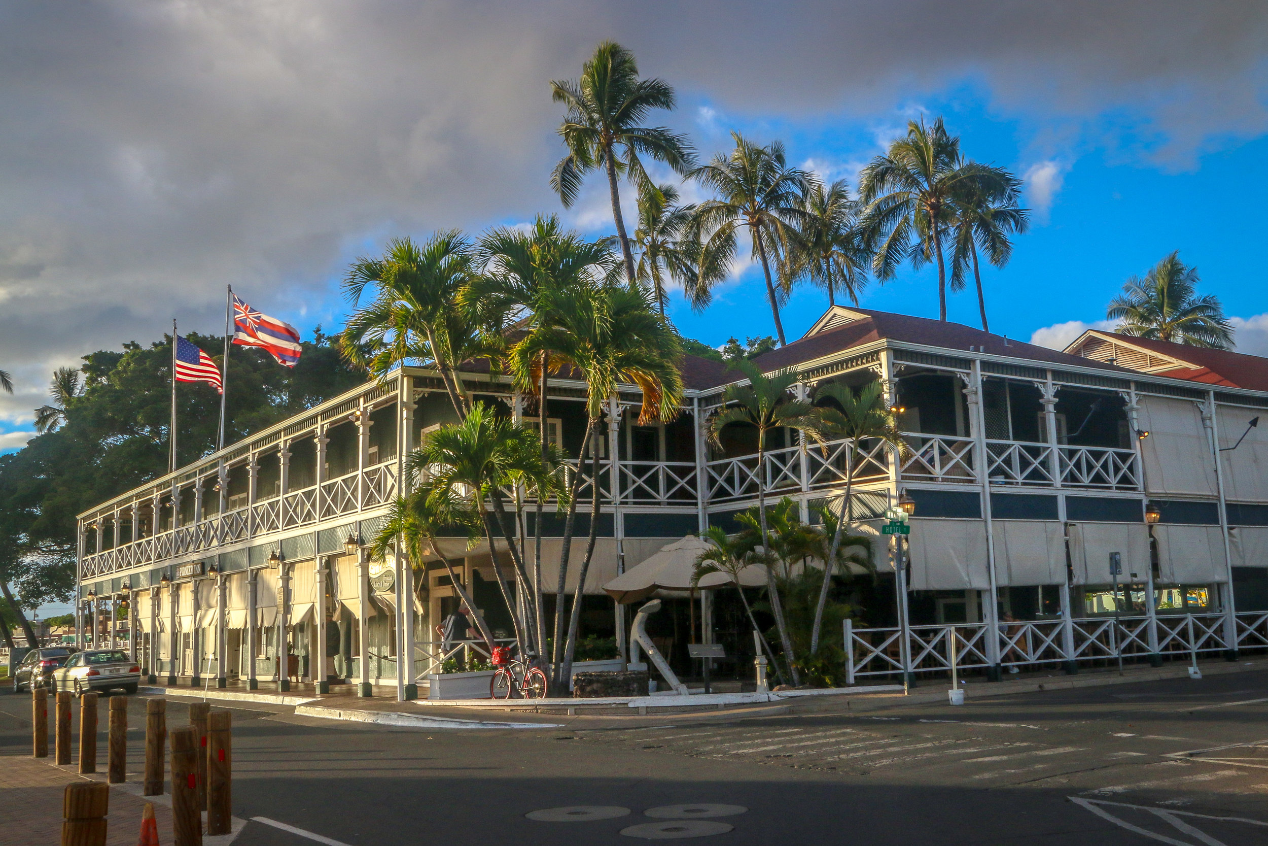 Maui Hawaii HI photos photography Pioneer Inn Lahaina
