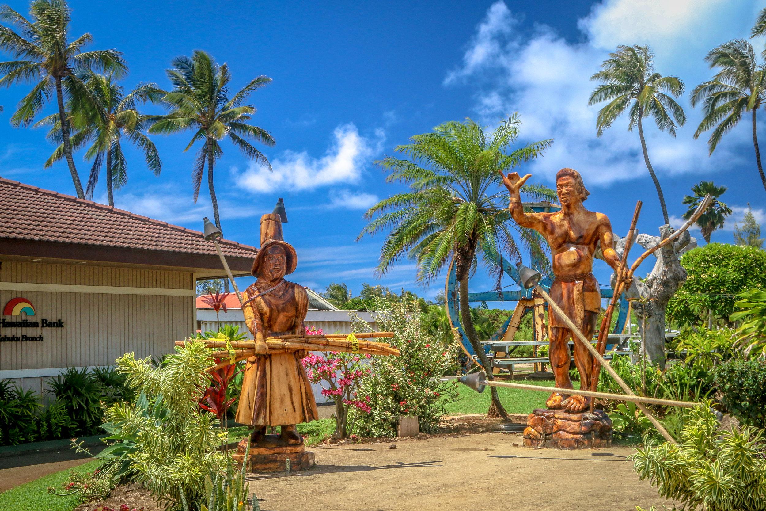 Oahu Hawaii HI photos photography statue surfer shaka