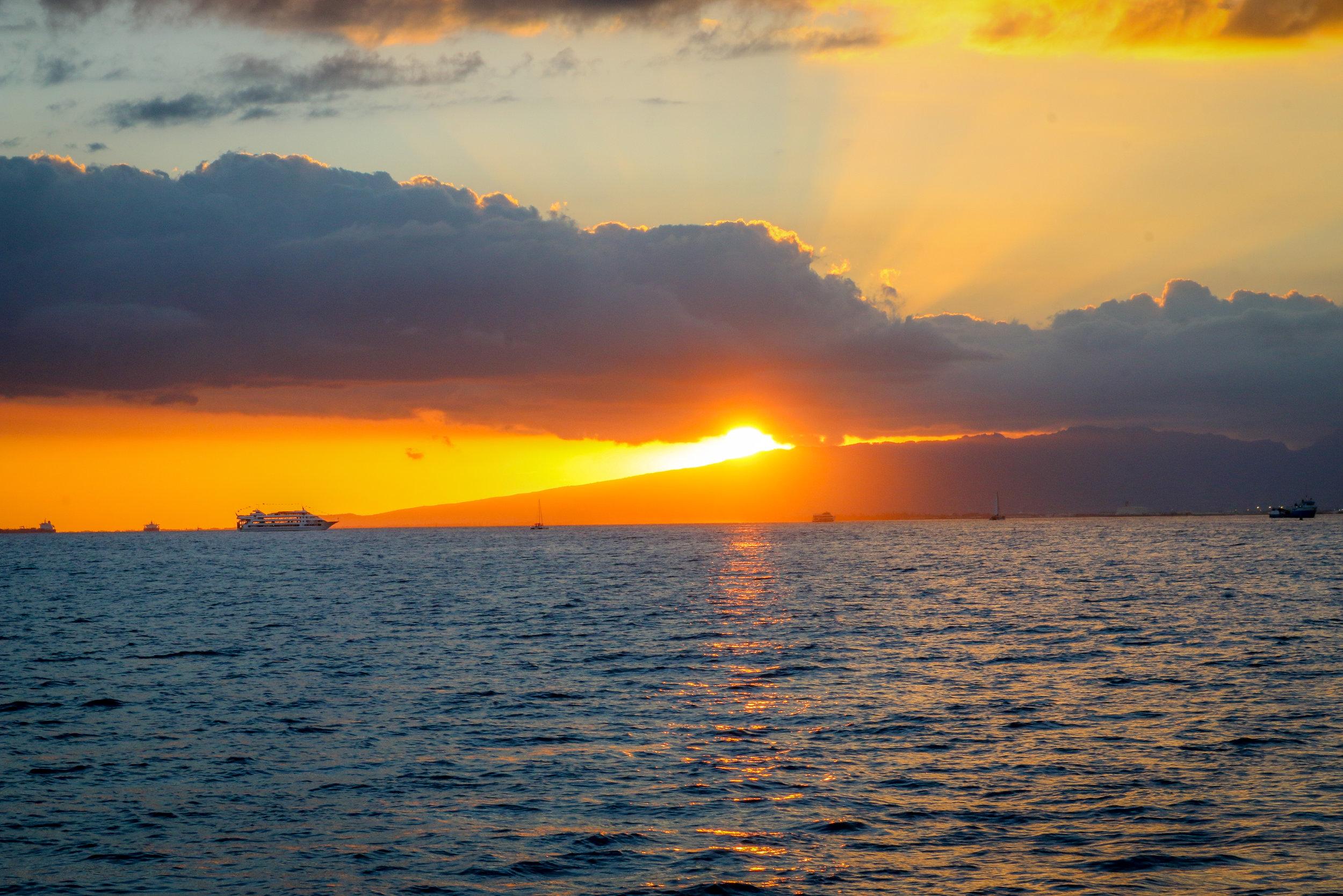 Oahu Hawaii HI photos photography sunset Waikiki