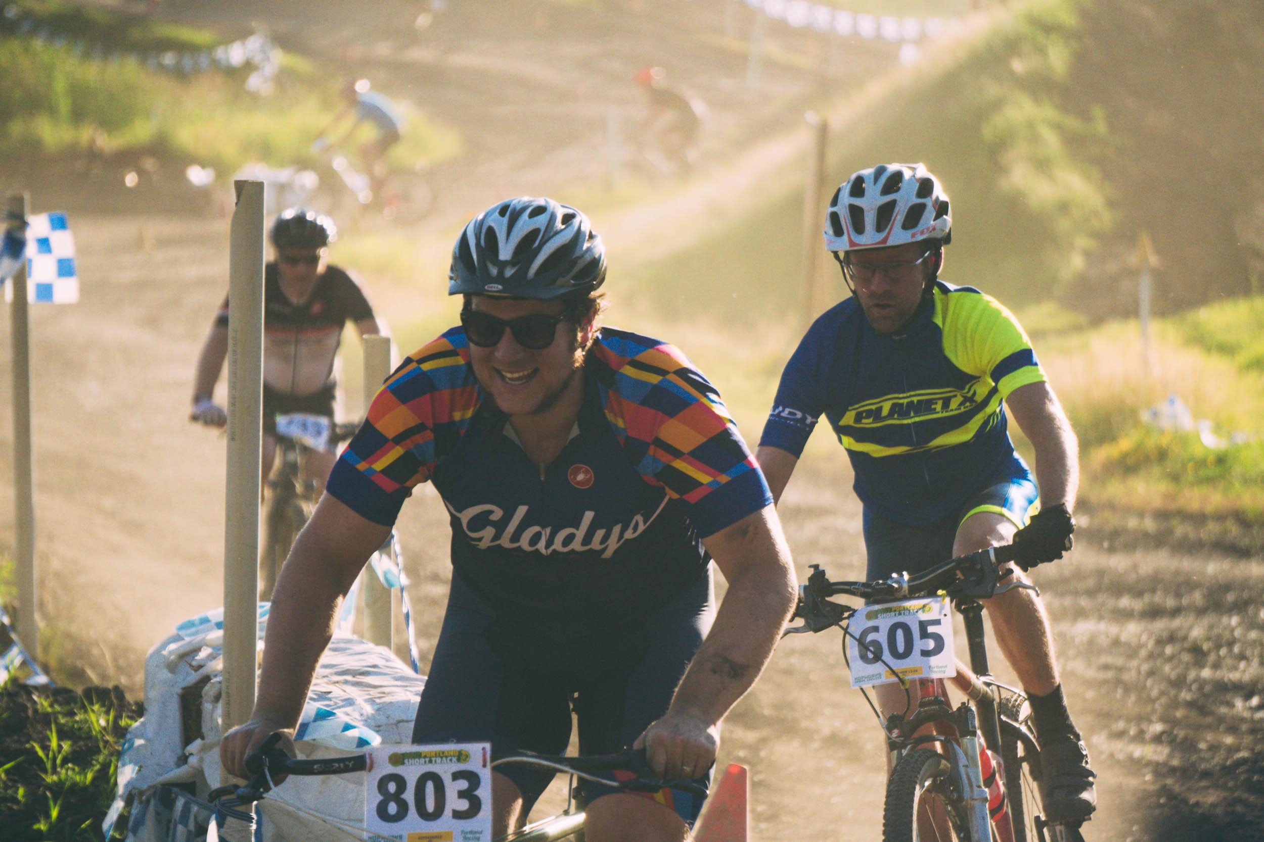 Short_Track_Race3_40.jpg
