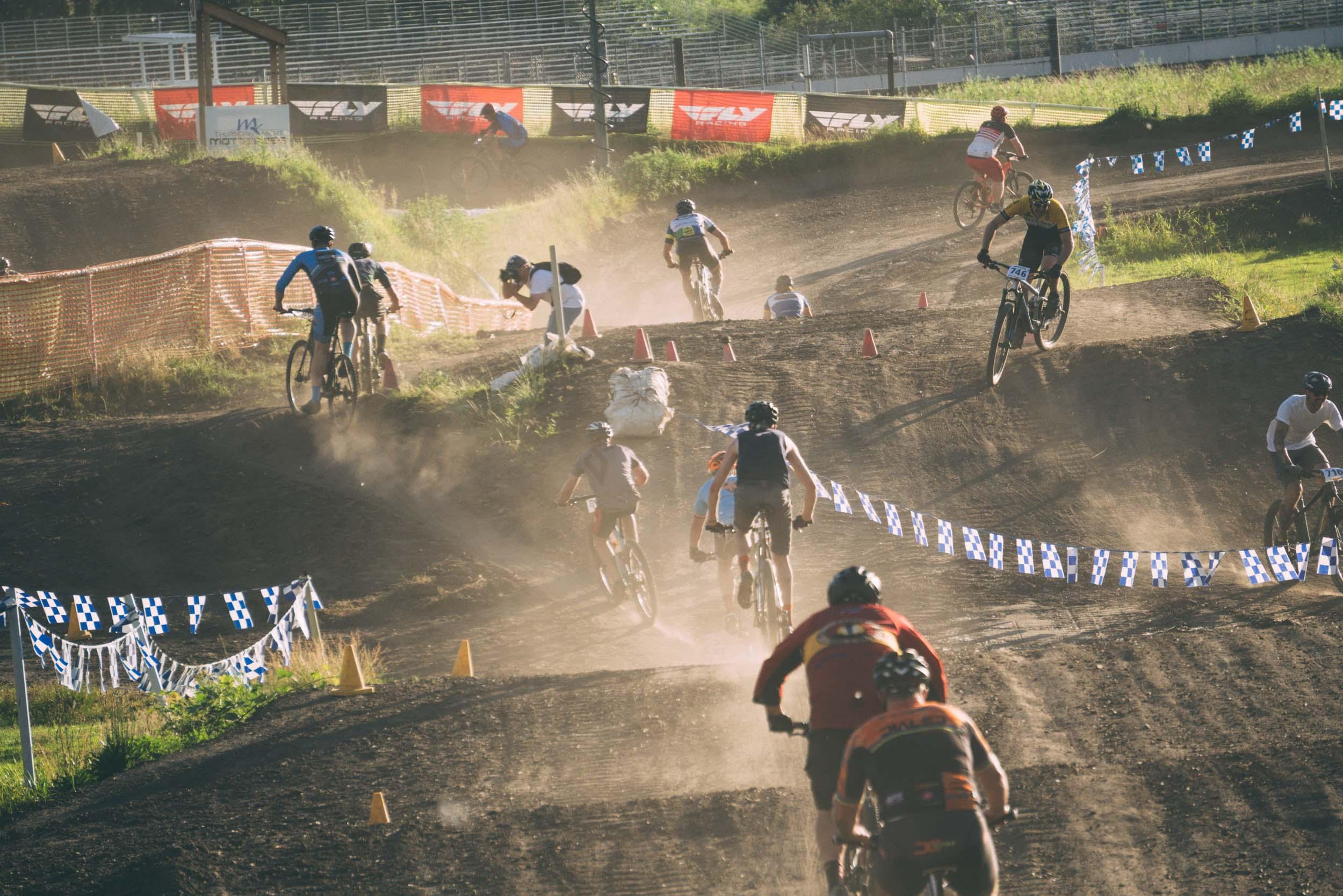 Short_Track_Race3_41.jpg