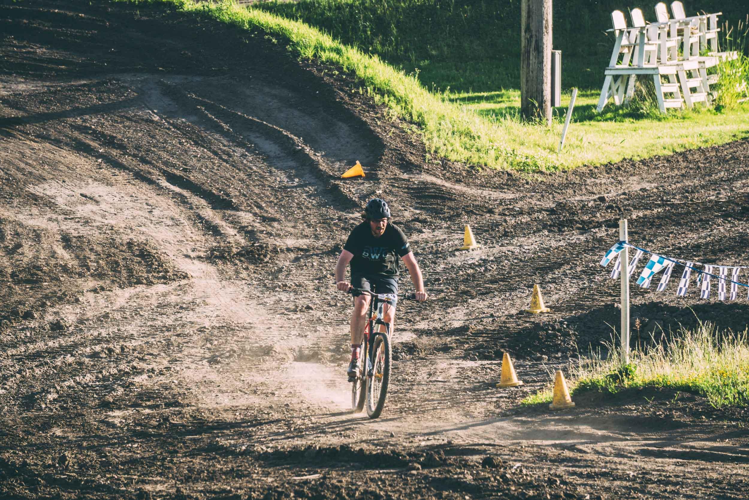 Short_Track_Race3_42.jpg