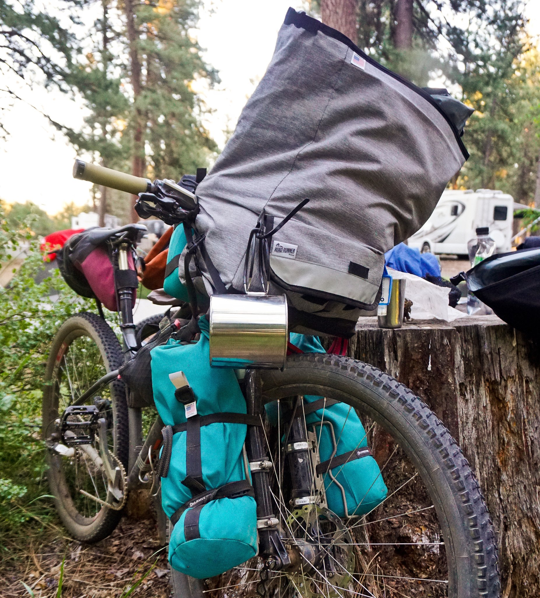 Roadrunner_Bikepacking_Bags_1.jpg