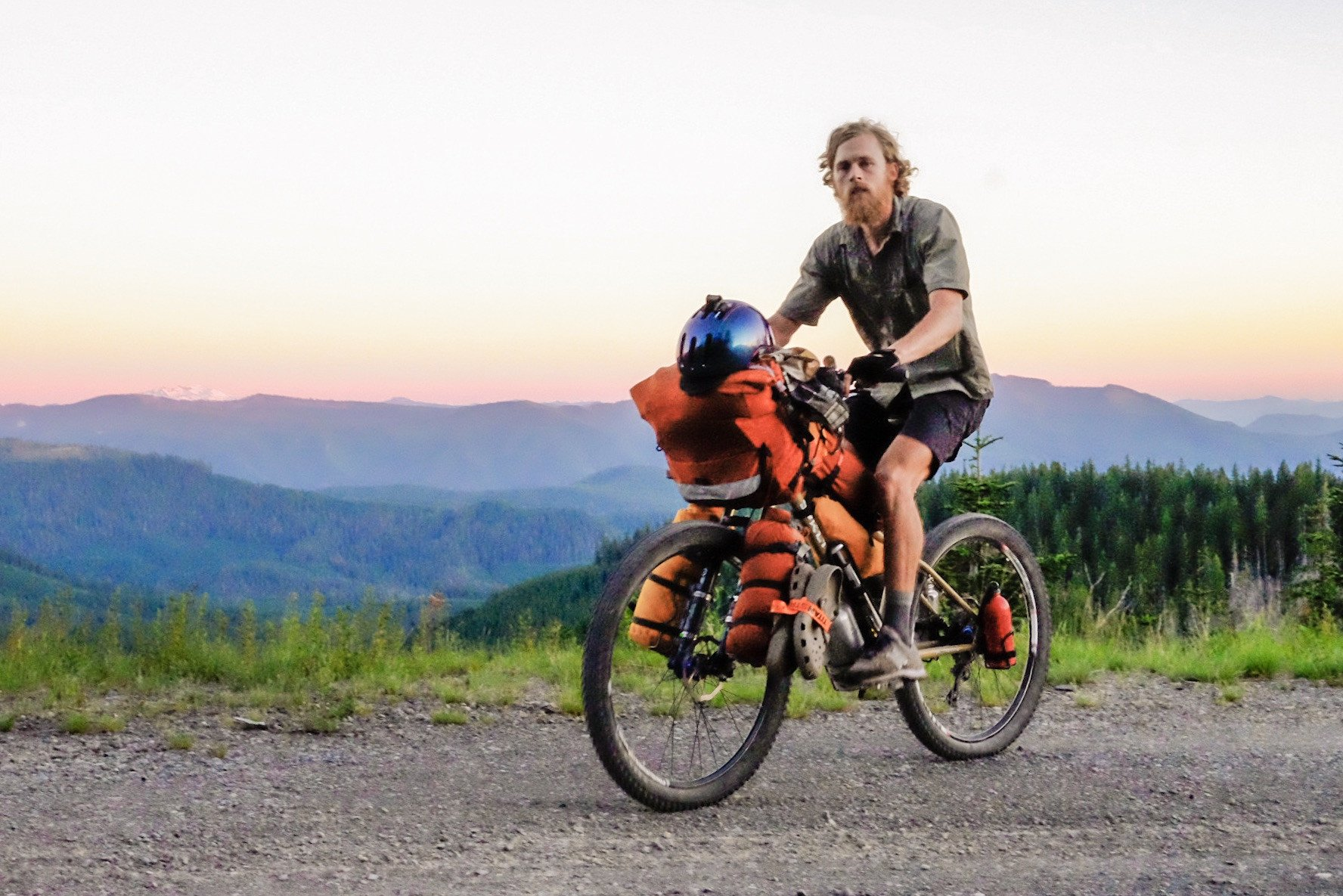 Roadrunner_Bikepacking_Bags_4.jpg