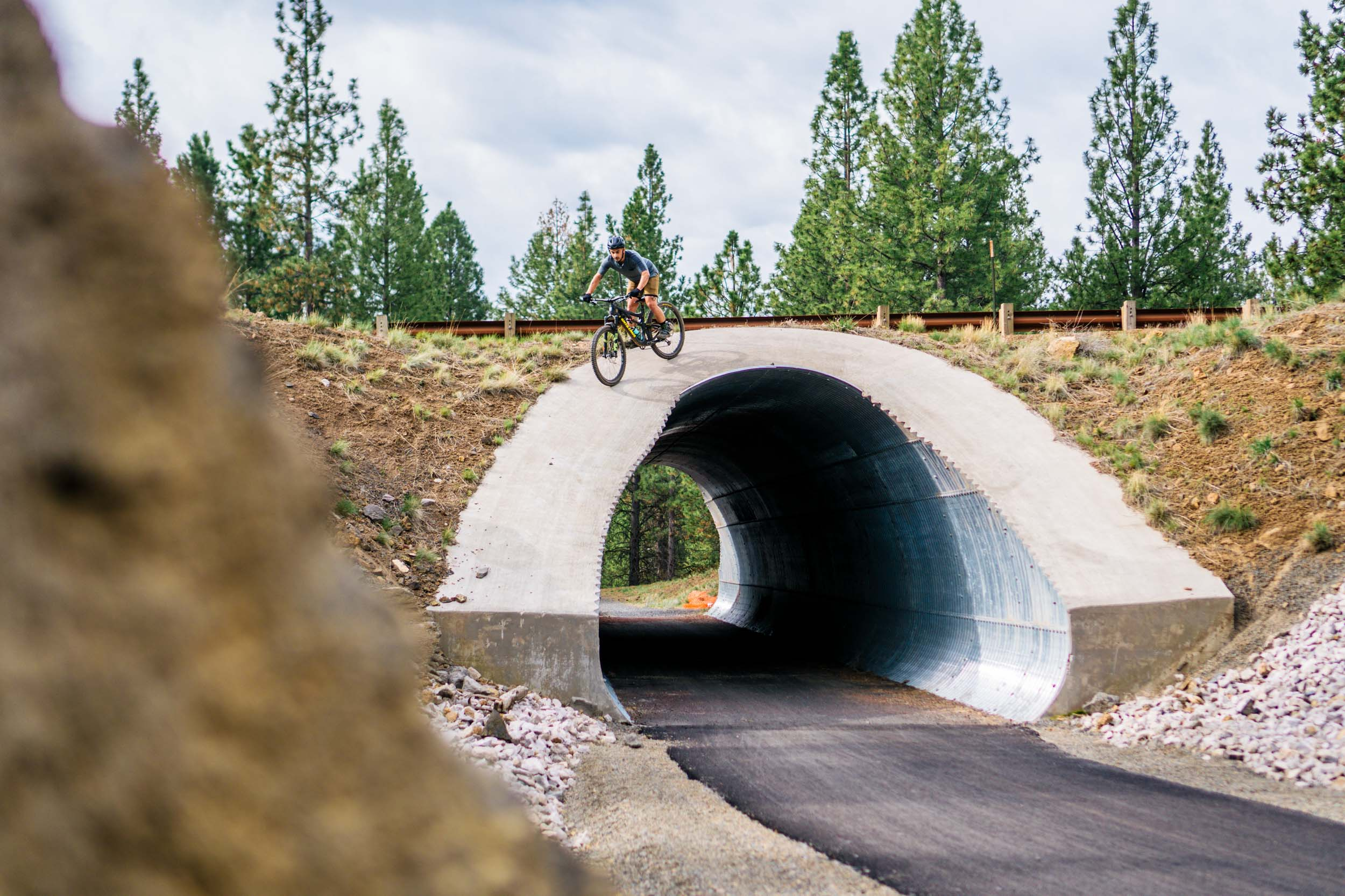I've ridden through this tunnel a lot and never scoped the line until now.