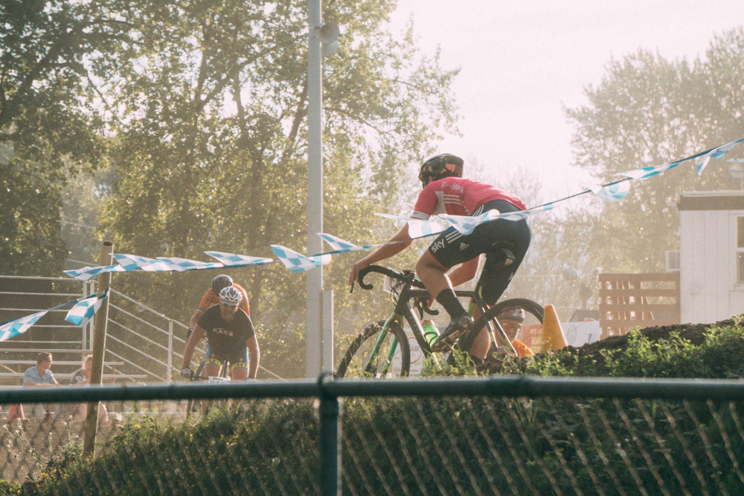 Short_Race7_51.jpg