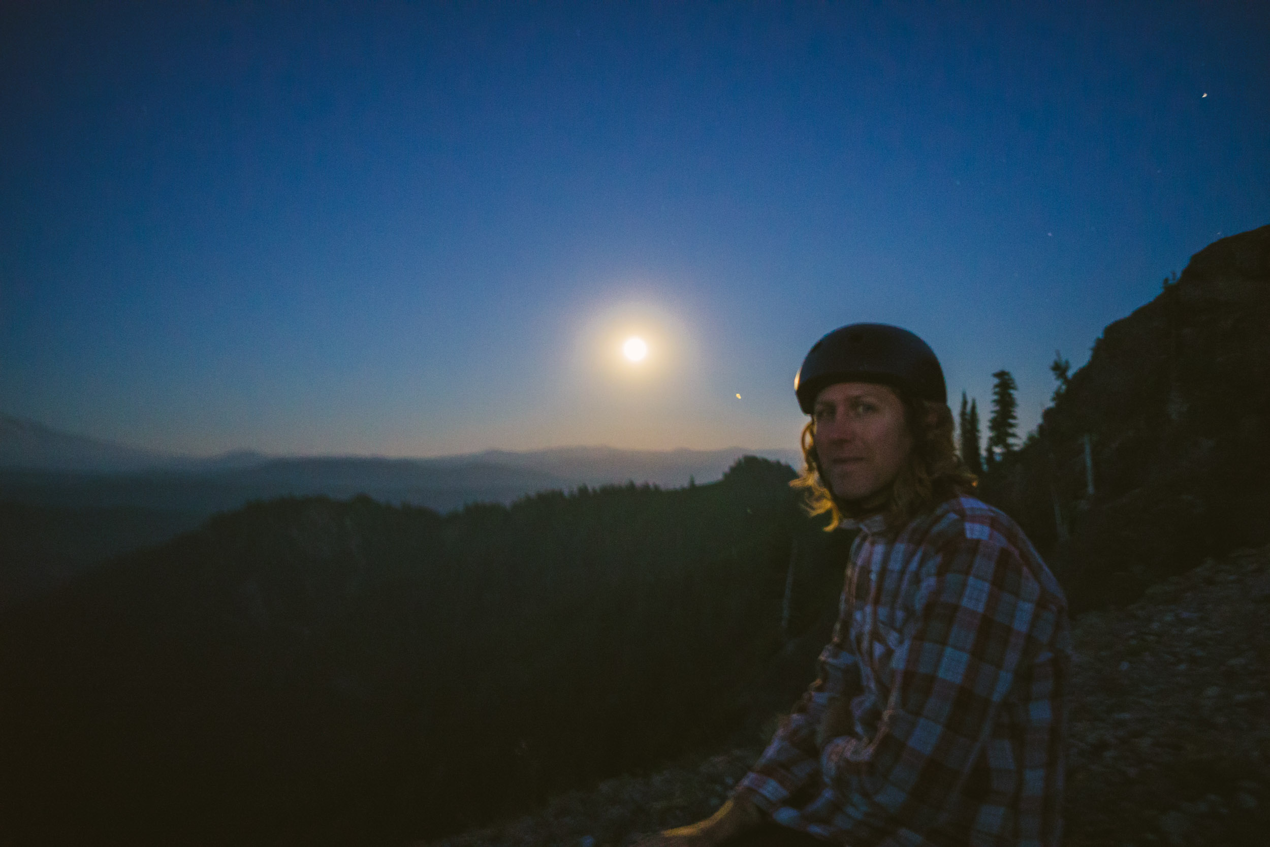 Full_Moon_Mt_St_Helens_65.jpg