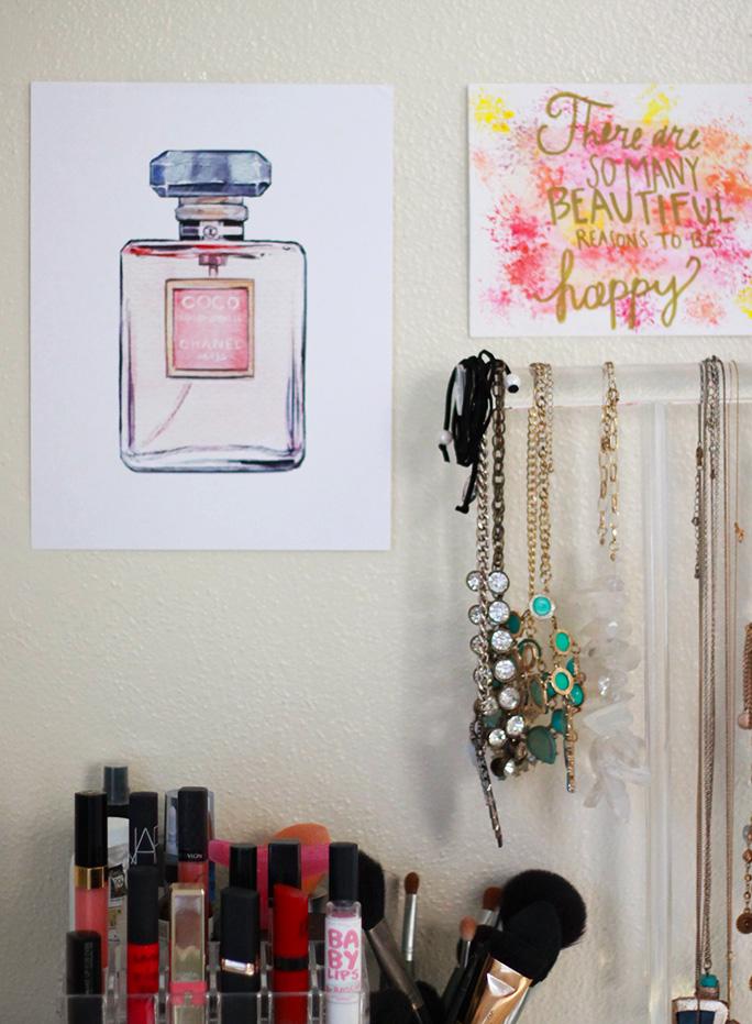 makeup-desk-vanity