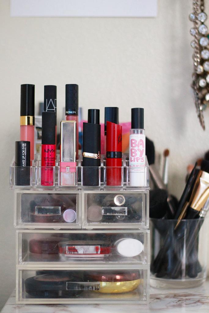 glam-box-makeup-storage
