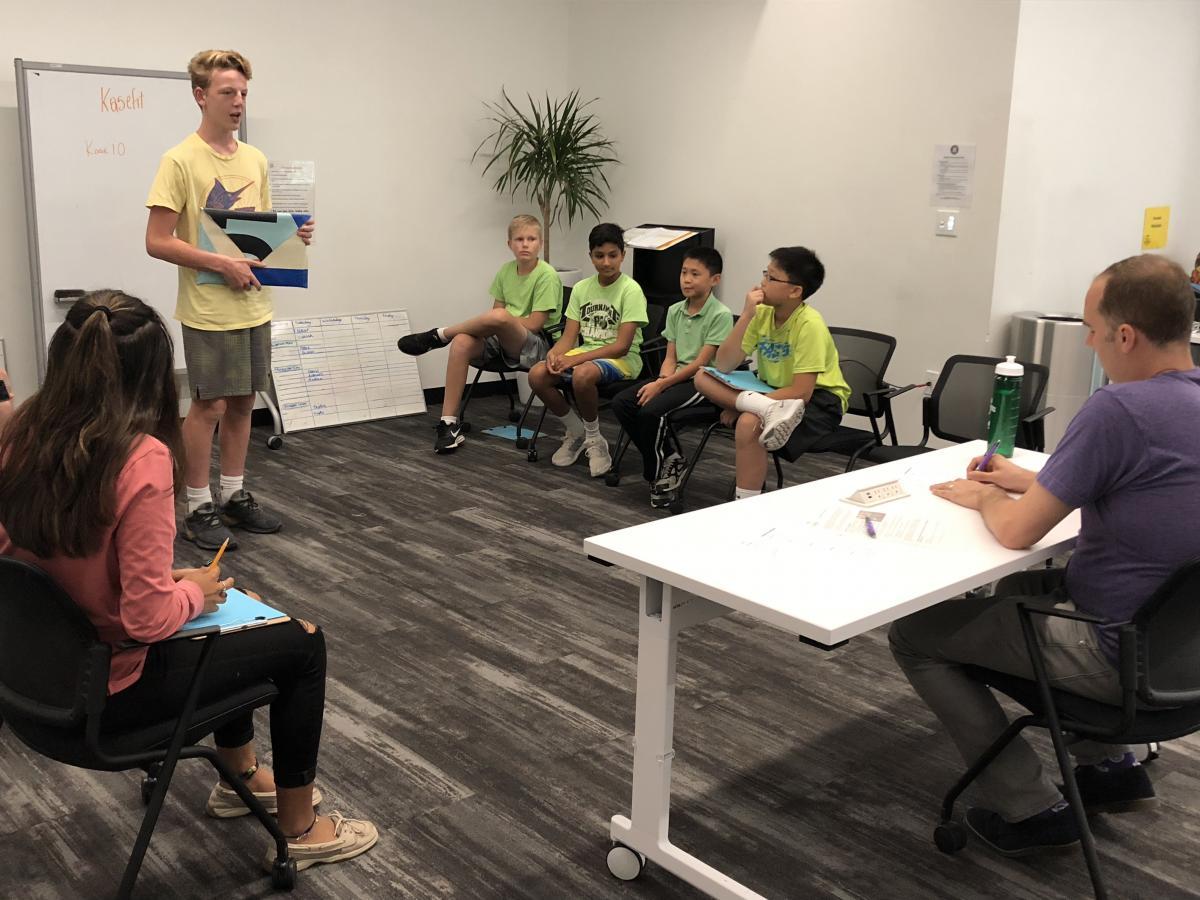 Kids_Presenting.jpg