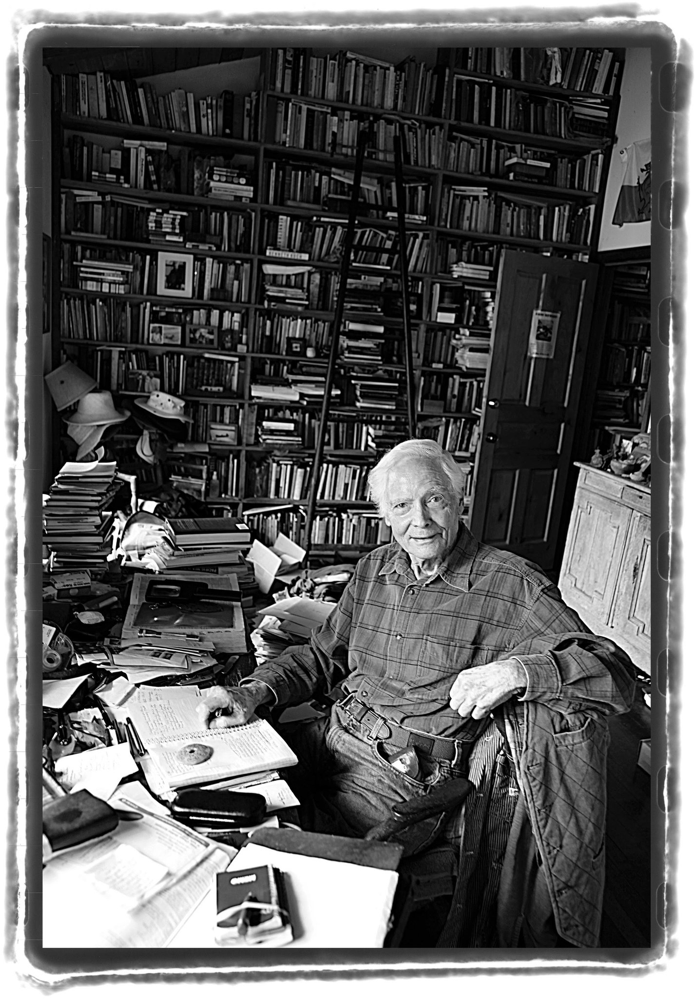 photo by Tom Sewell for the New York Times  WS Merwin in a 2009 photograph in his study at his home in Maui, that he only wanted published after his death- Tom Sewell