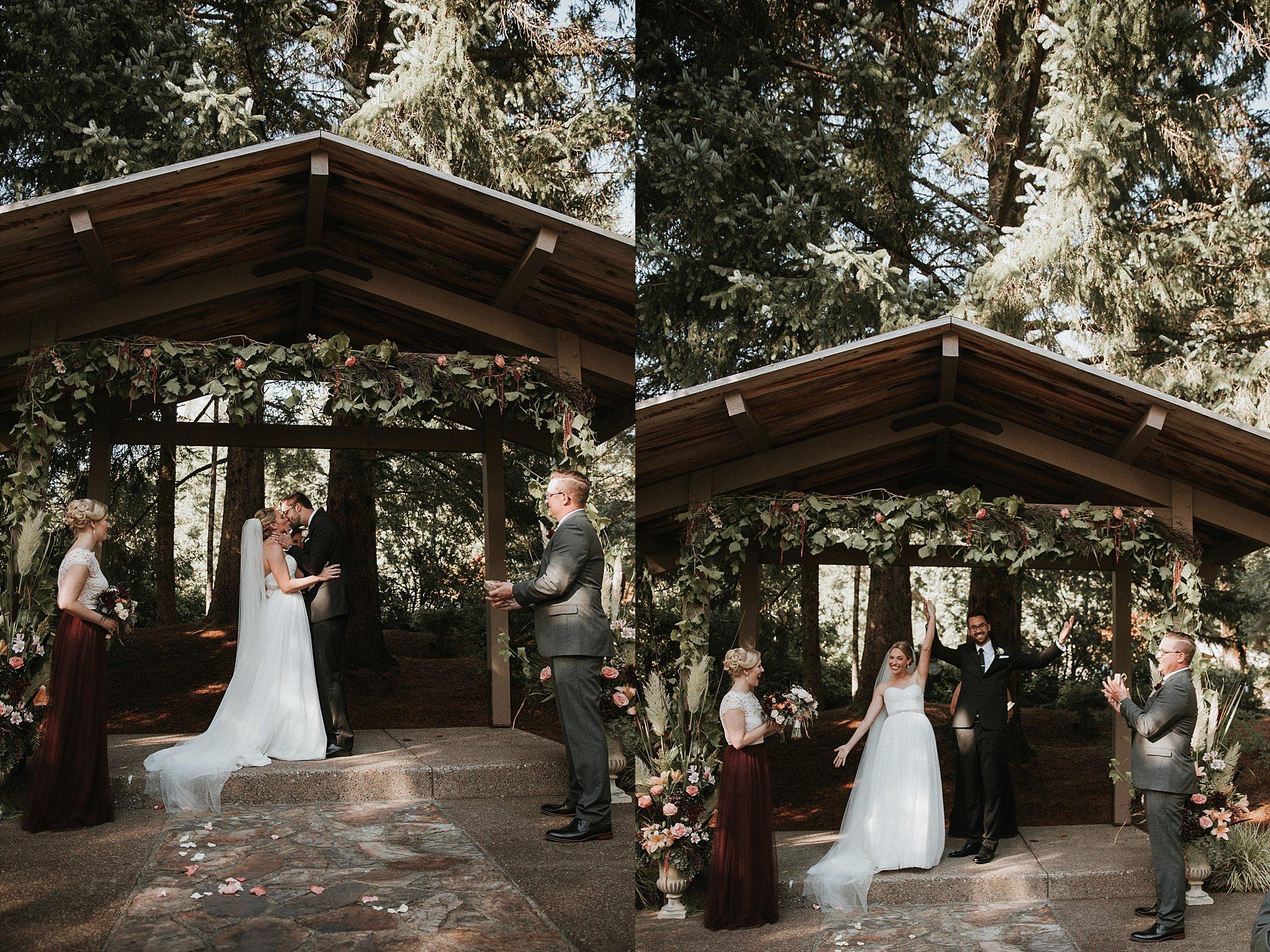 Oregon Coast Wedding Photographer (17).jpg