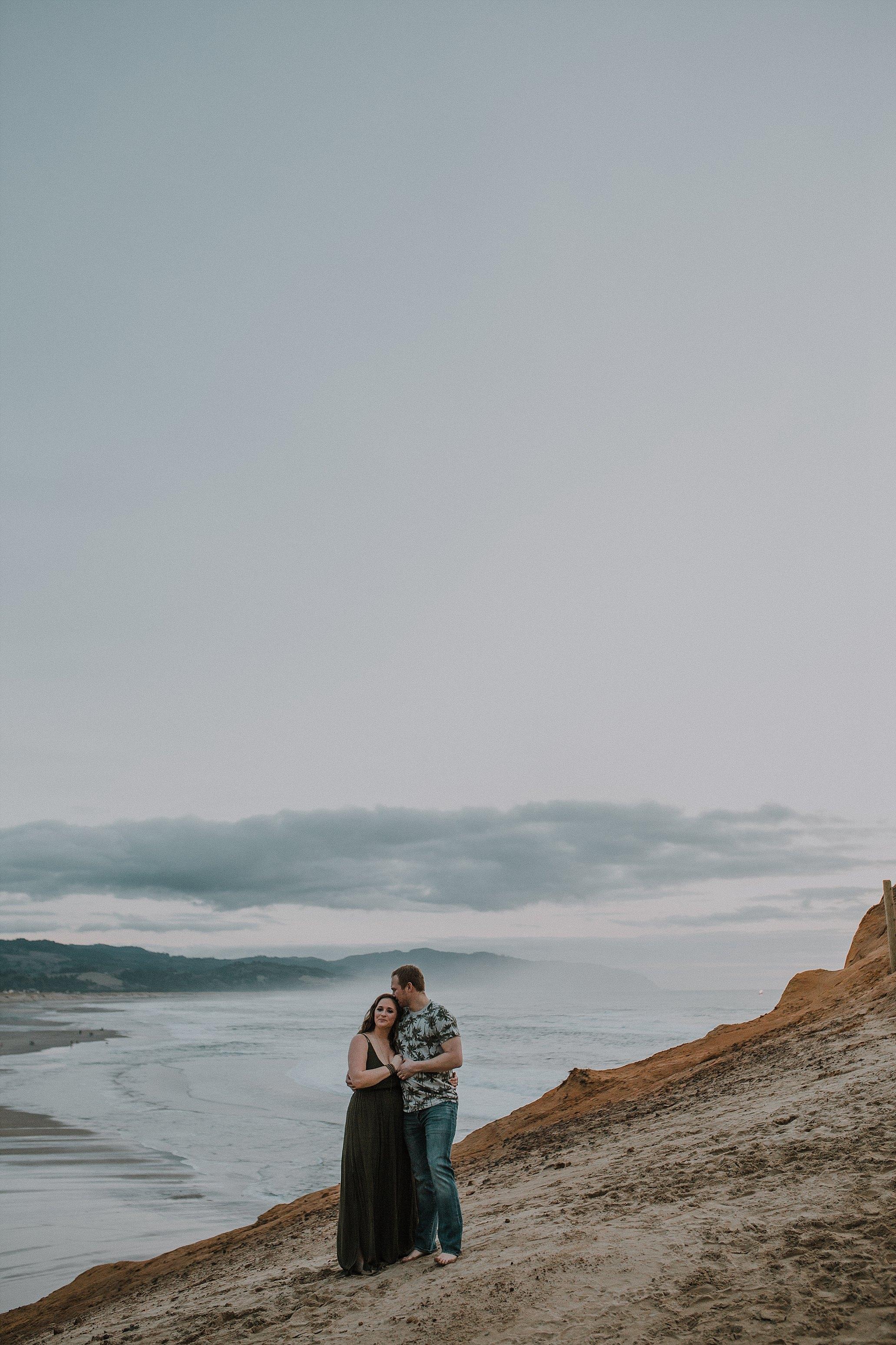 Oregon Coast Engagement Photographer (9).jpg