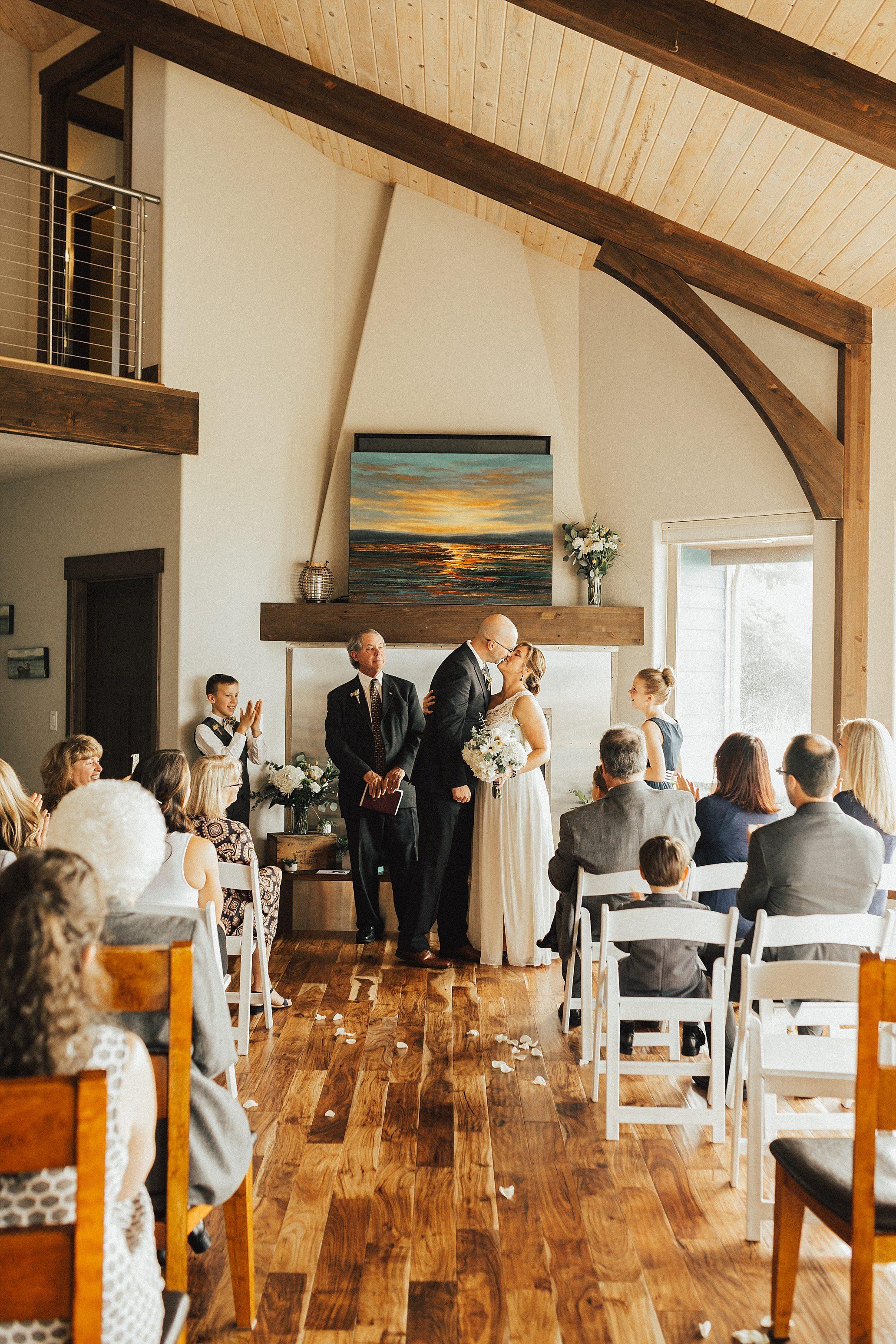 Oregon Coast Wedding Photographer (29).jpg