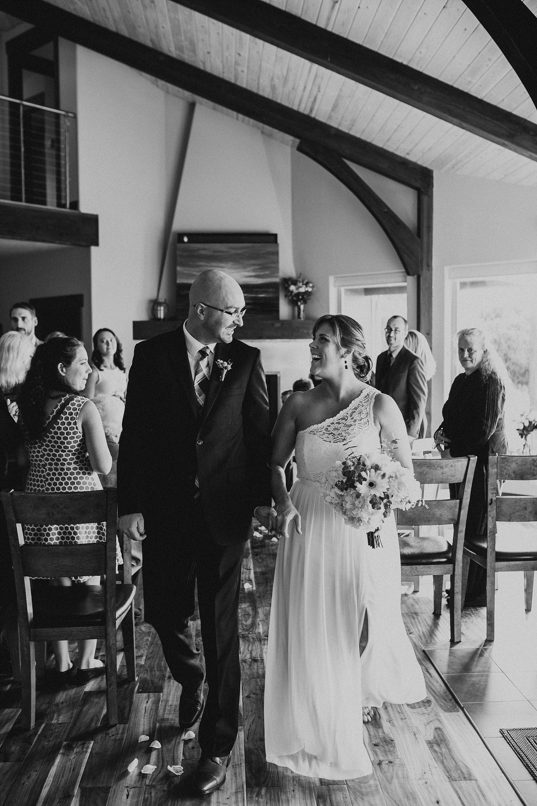 Oregon Coast Wedding Photographer (30).jpg