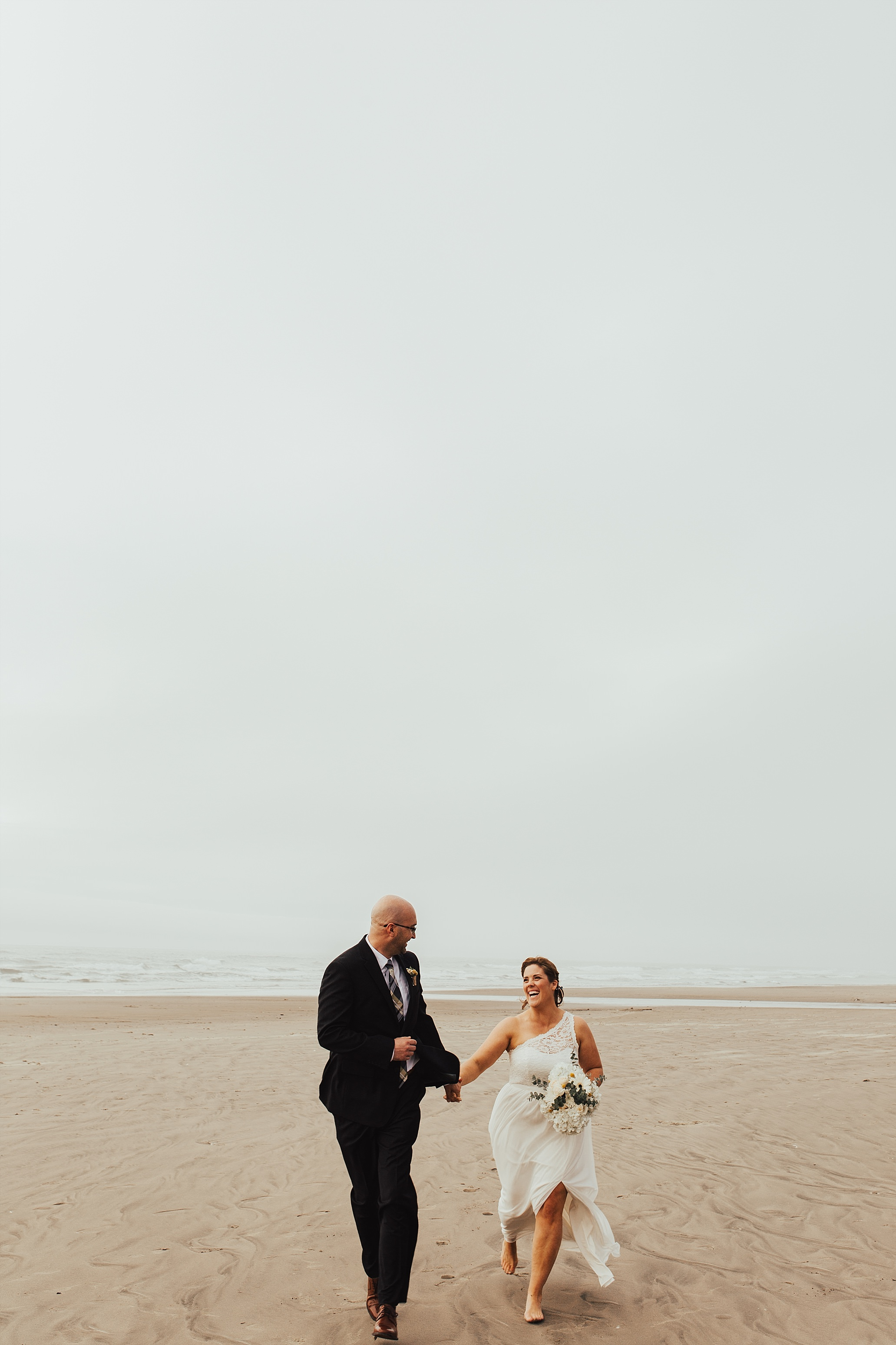 Oregon Coast Wedding Photographer (46).jpg