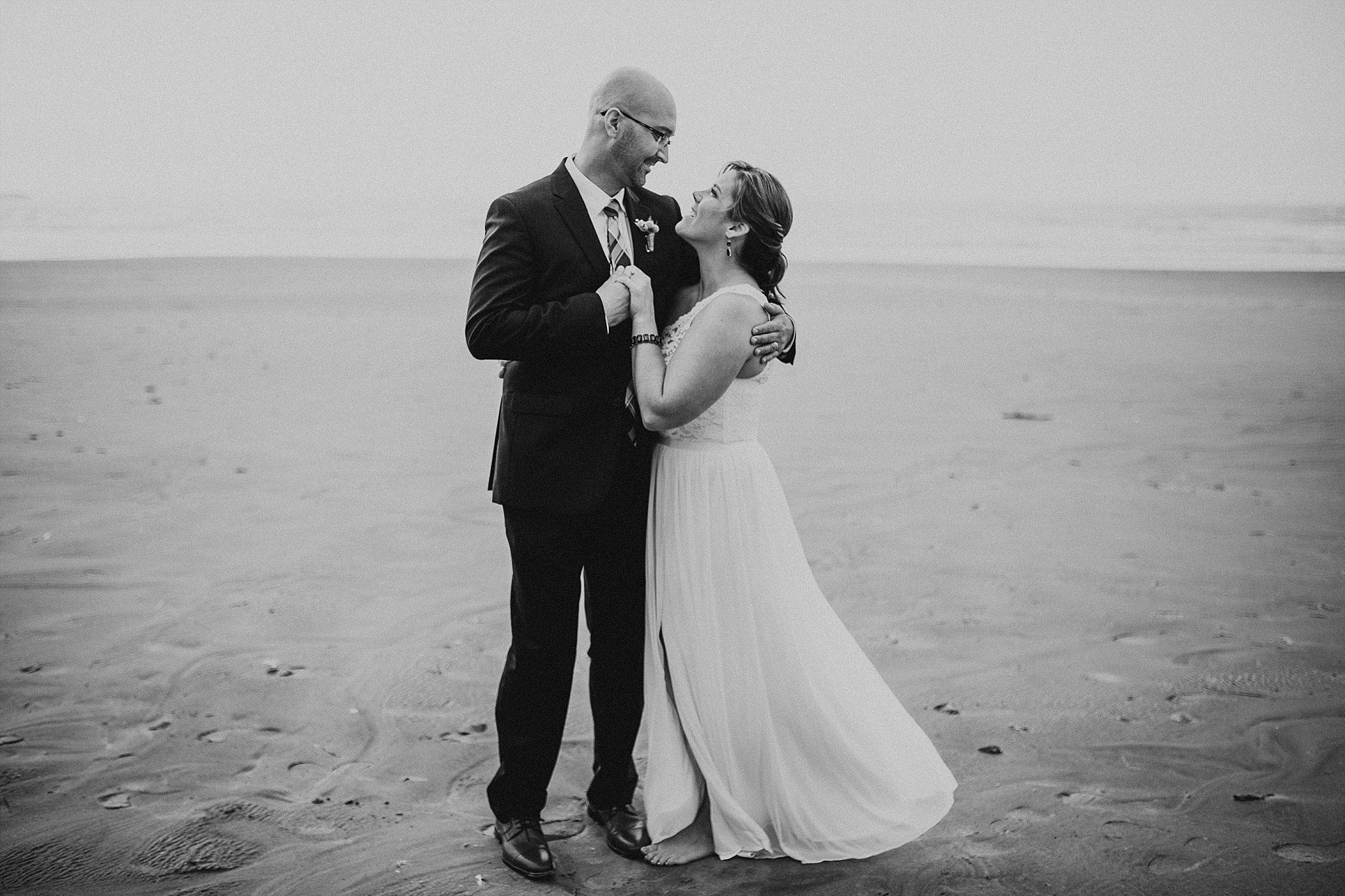 Oregon Coast Wedding Photographer (52).jpg