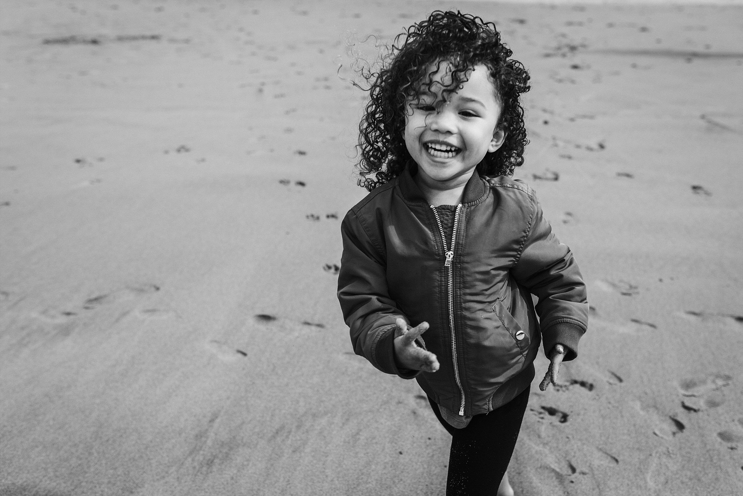 Lincoln City Family Photographer (15).jpg