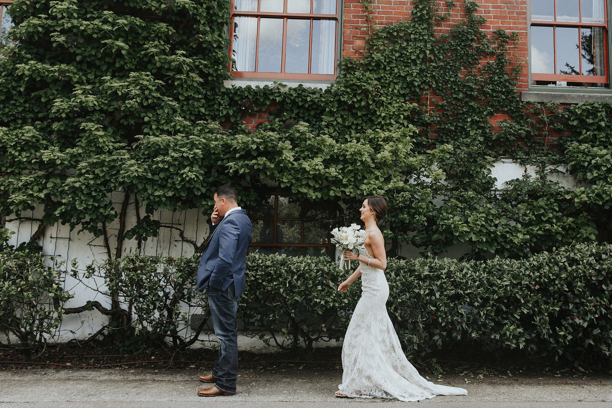 Oregon Wedding Photographer McMenamins (42).jpg