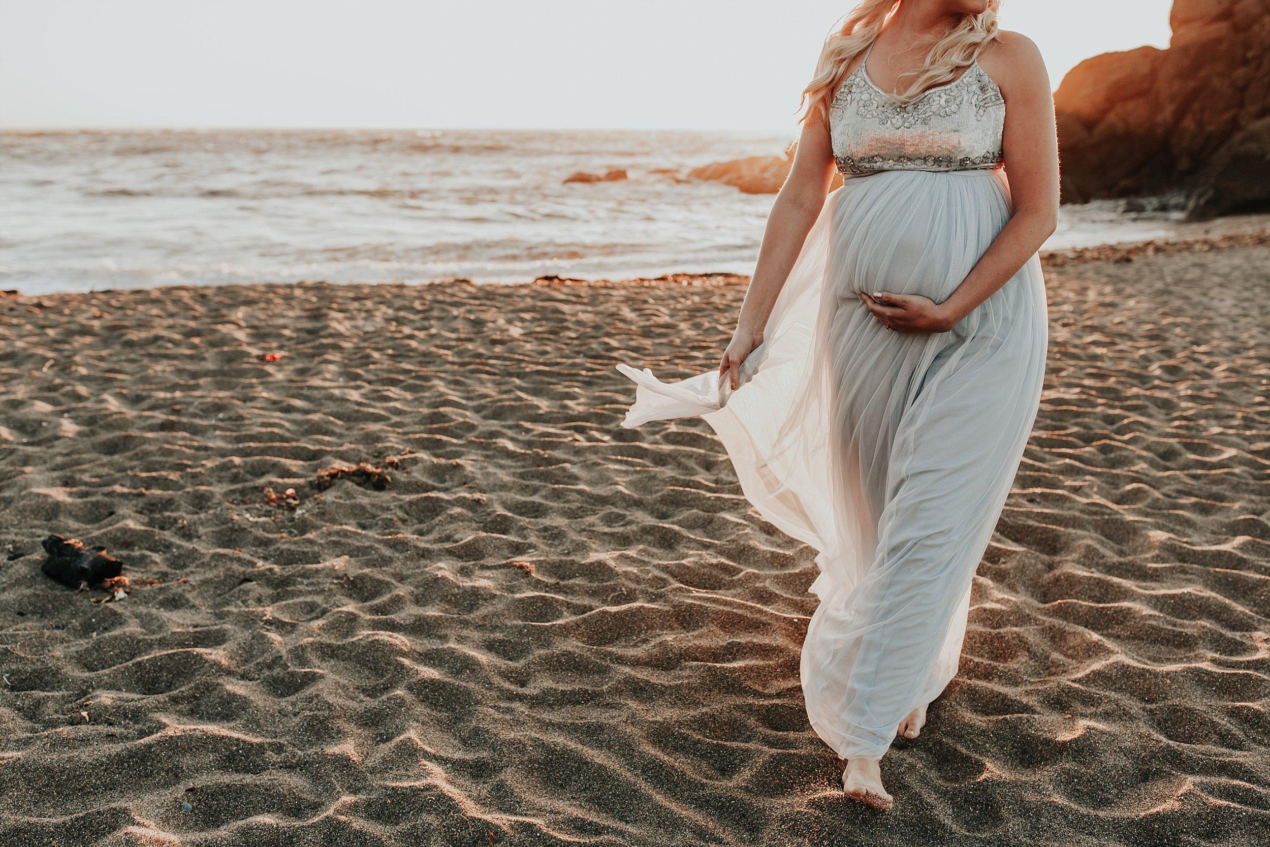Lincoln CIty Oregon Coast Maternity Photographer (19).jpg