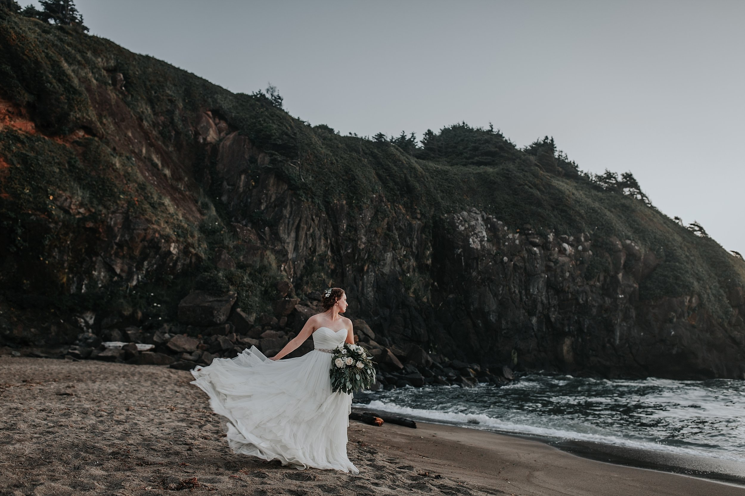 Oregon Coast Elopement Photographer (33).jpg