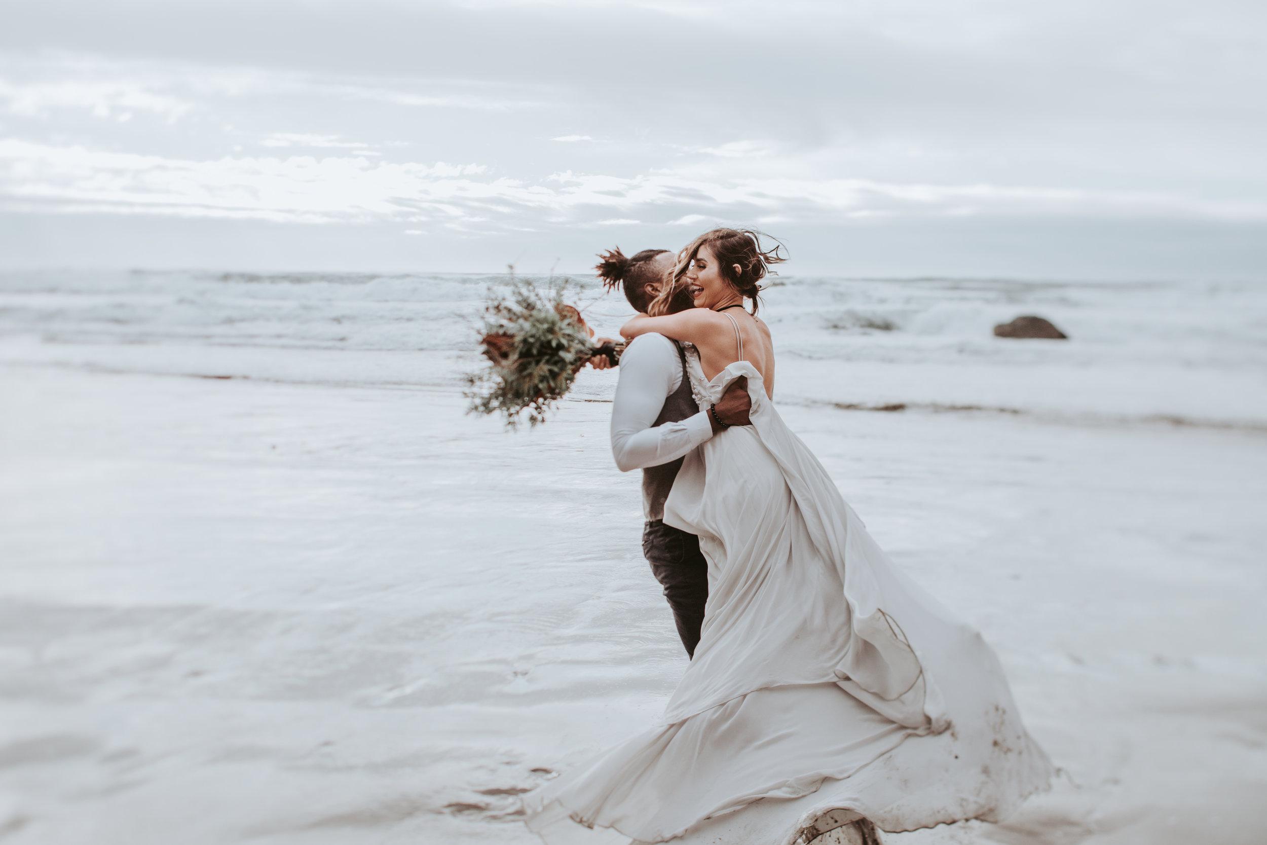 Oregon Engagement and elopement photographers (94).jpg