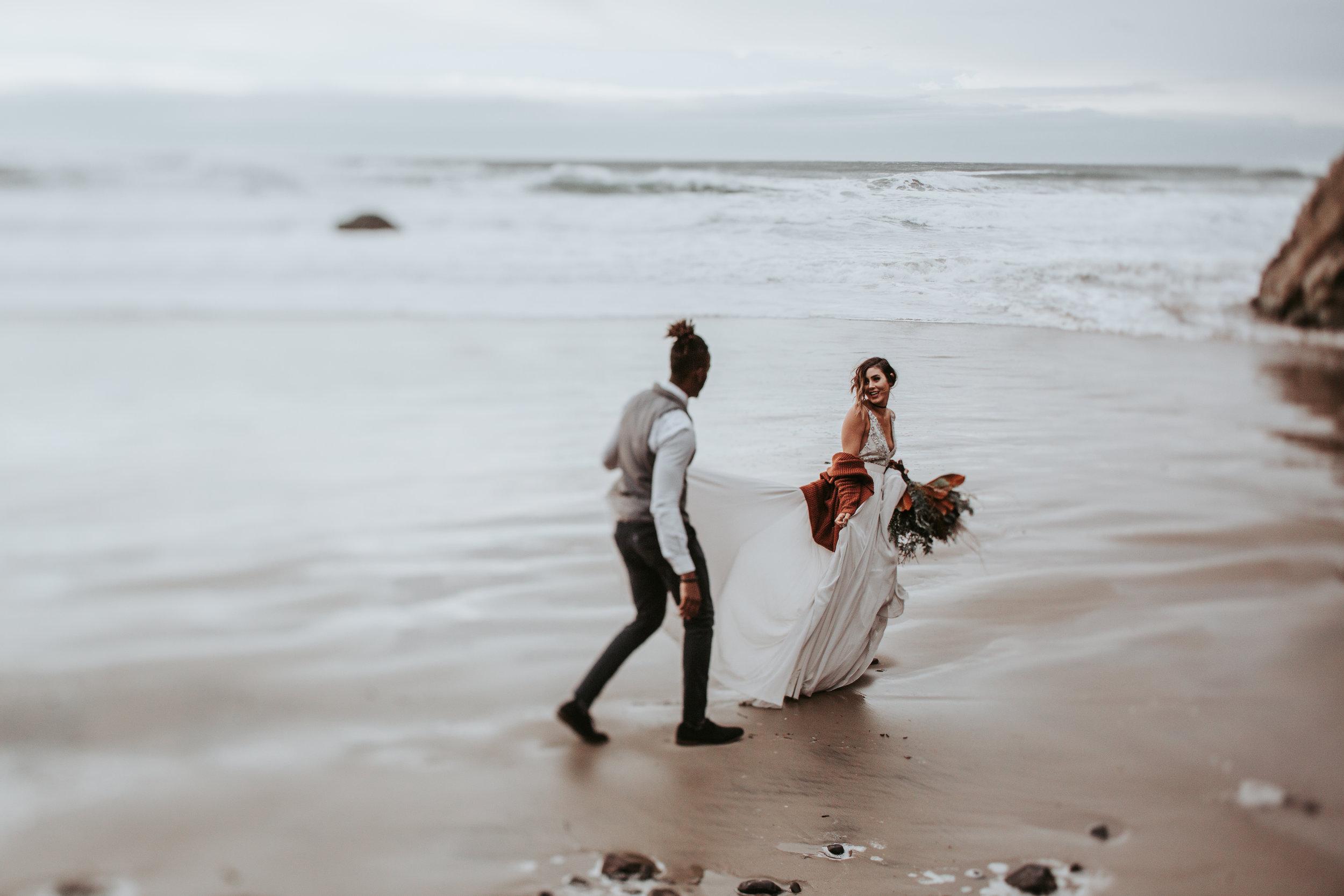 Oregon Engagement and elopement photographers (84).jpg
