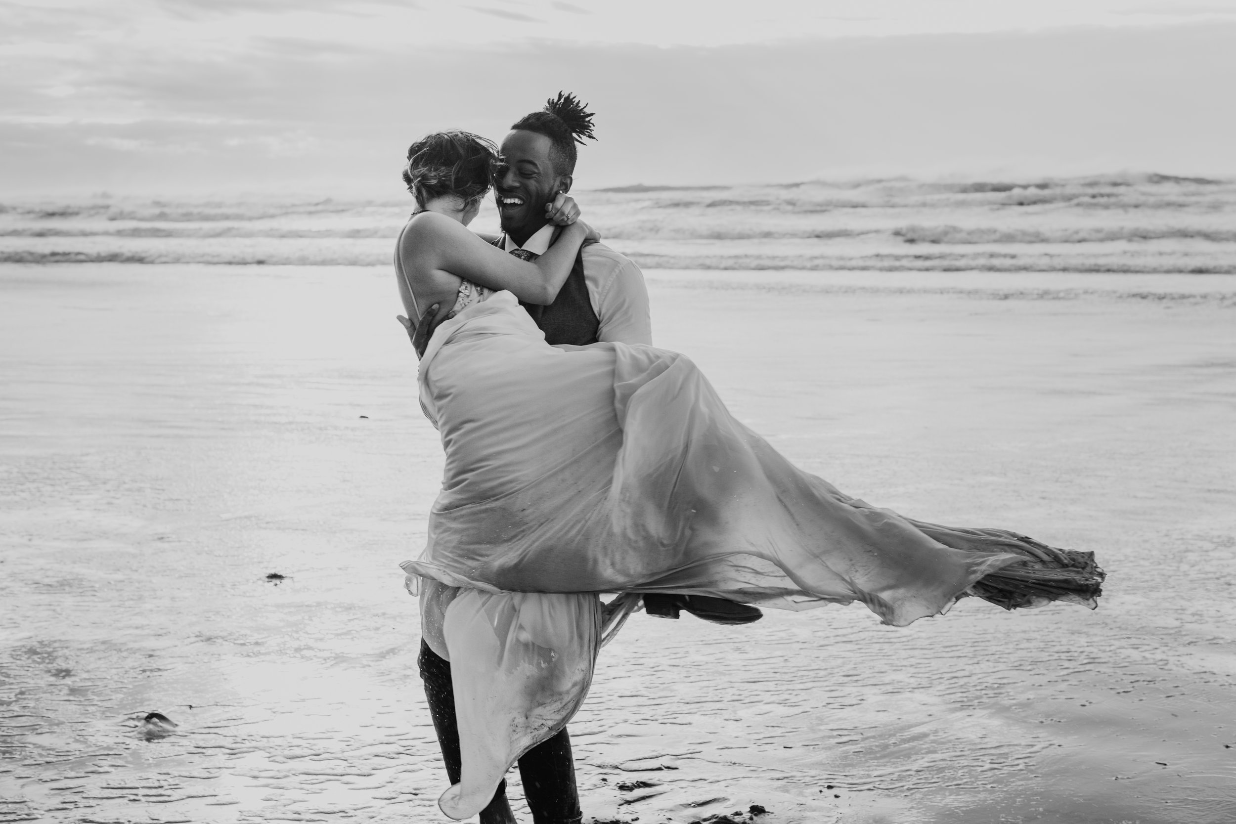 Oregon Engagement and elopement photographers (172).jpg