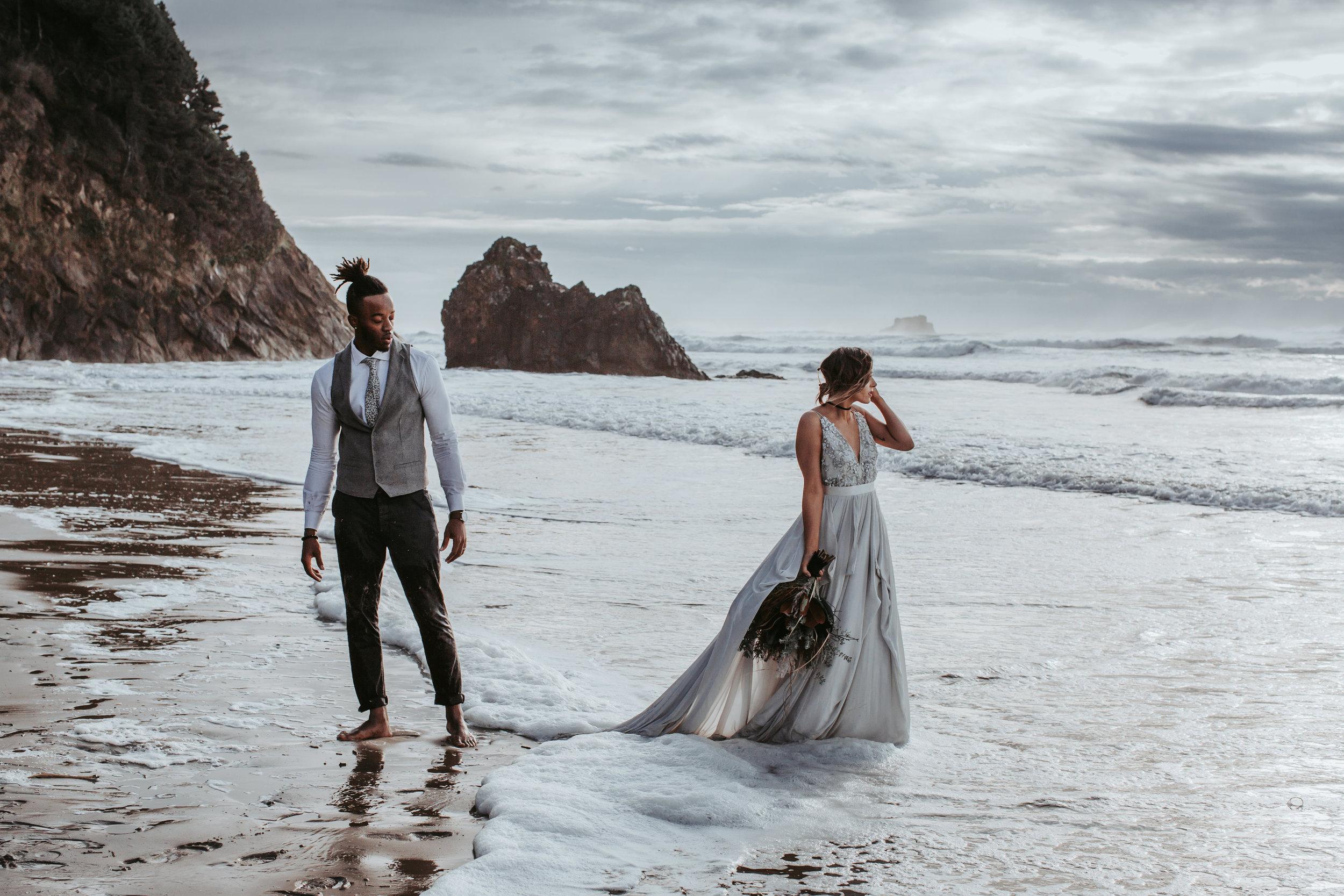 Oregon Engagement and elopement photographers (160).jpg